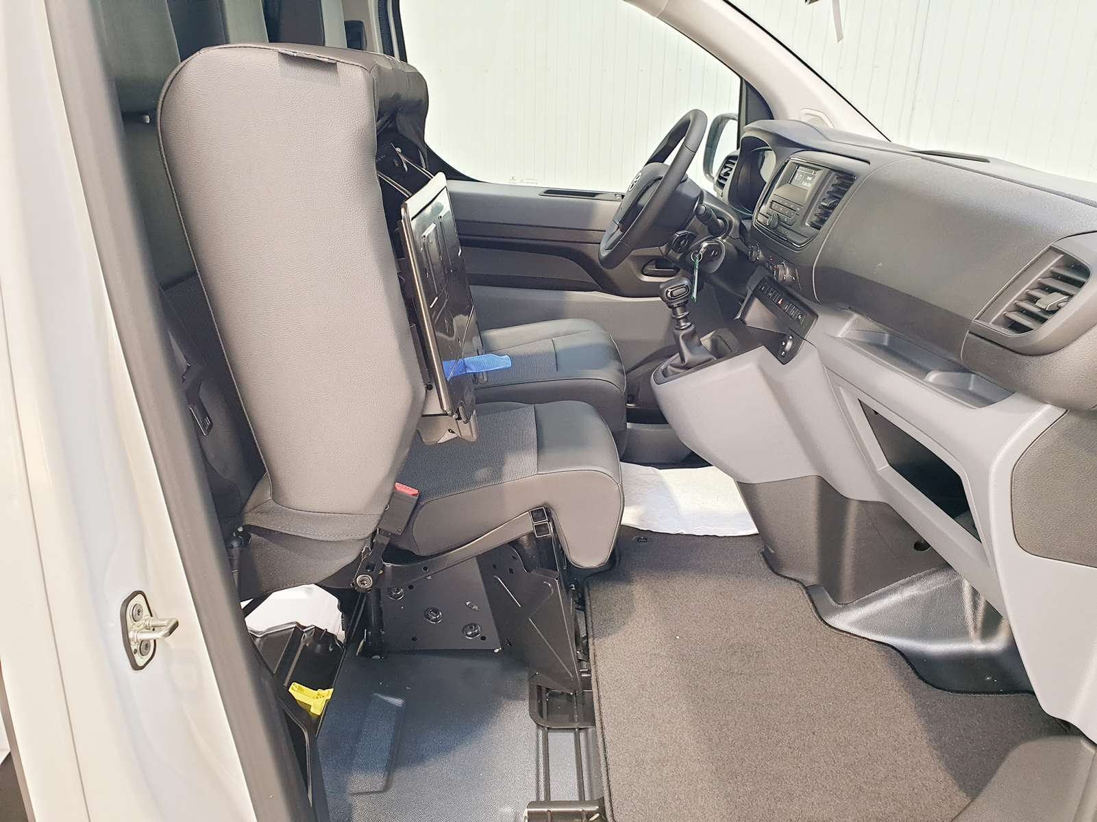 Miniature TOYOTA PROACE FOURGON MY20 COMPACT 1.5L 120 D-4D BVM6 DYNAMIC