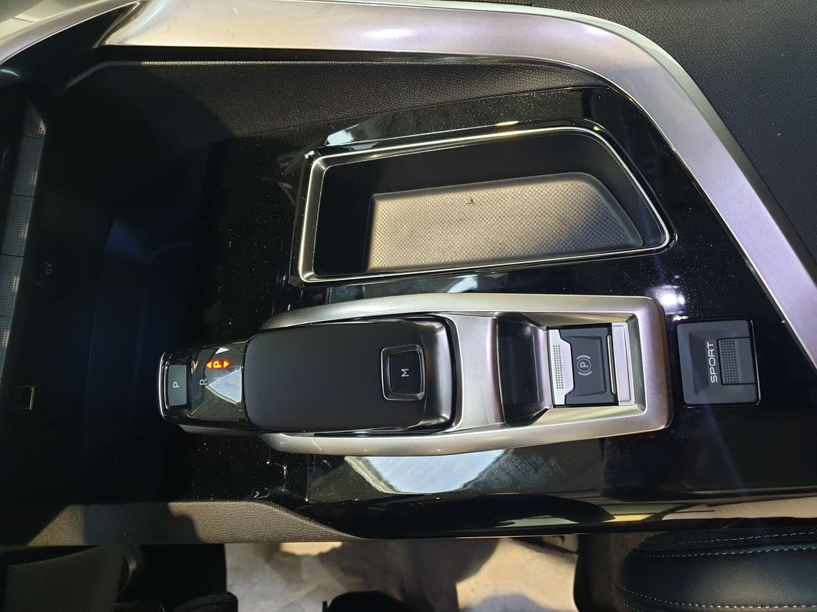 Miniature PEUGEOT 3008 BlueHDi 130 S&S EAT8 Allure