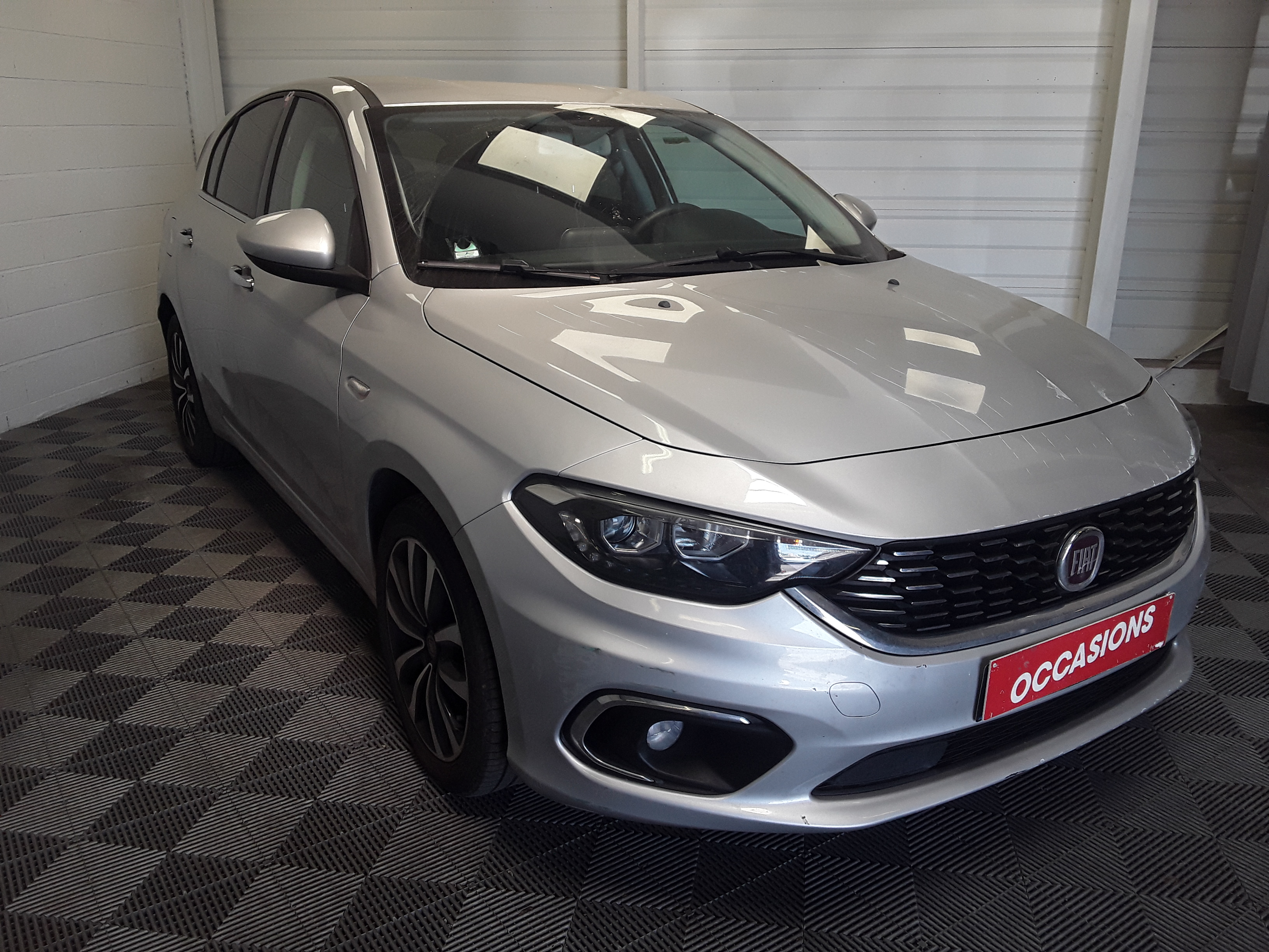 FIAT TIPO 5 PORTES BUSINESS 2017 - Photo n°3