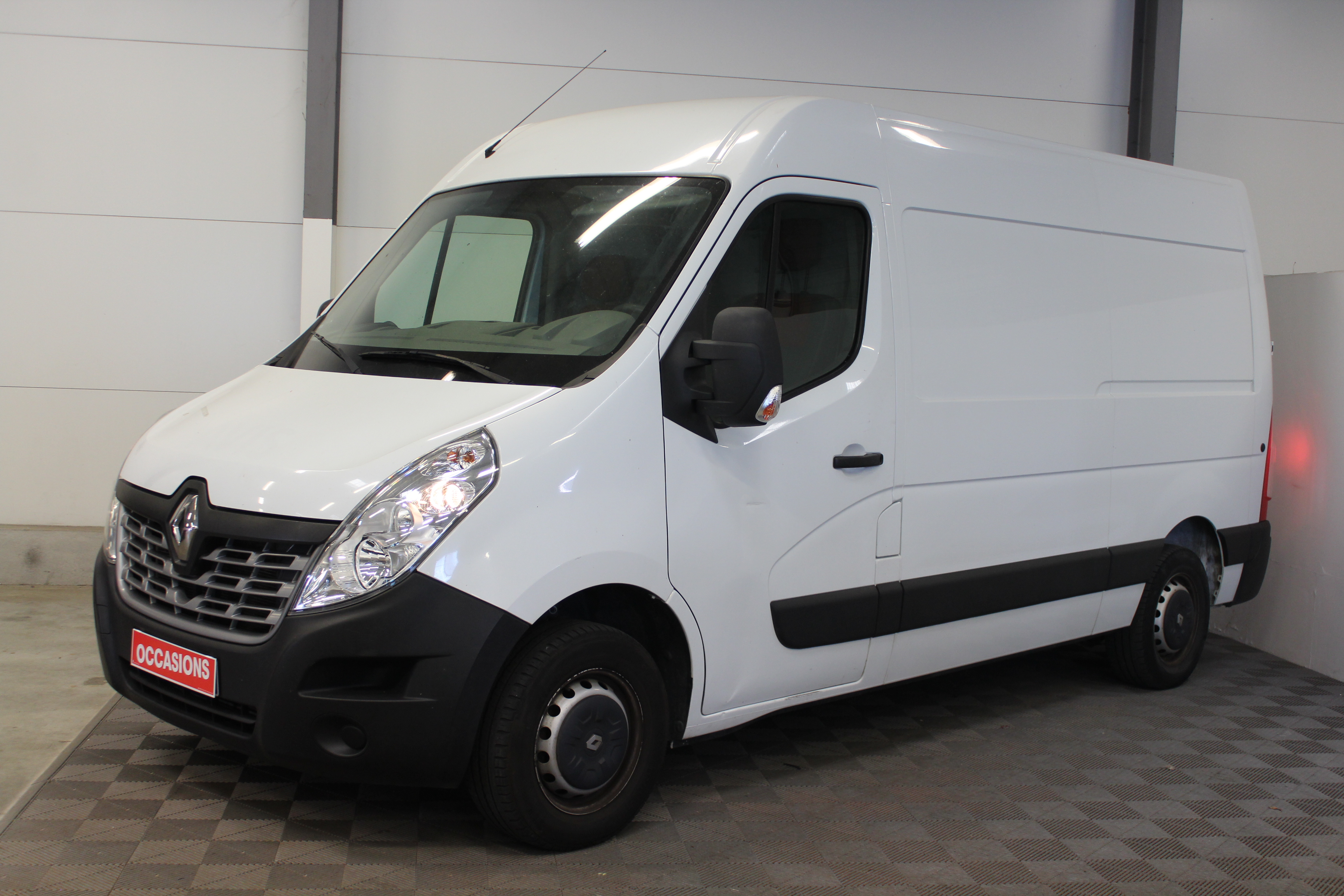 RENAULT MASTER III FG FG GCF TRAC F3500 L2H2 DCI 125 (TFG 2 223 D6) d'occasion