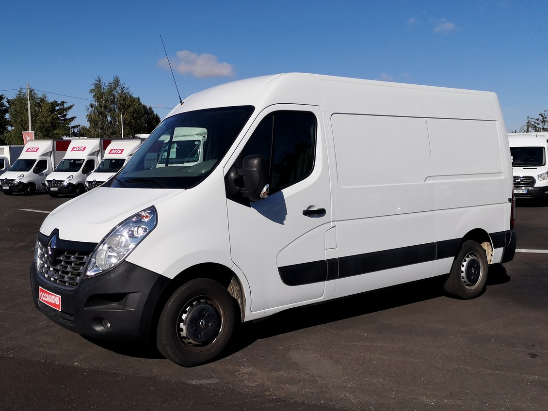 Photo du véhicule RENAULT MASTER FOURGON FGN L2H2 3.5t 2.3 dCi 125 GRAND CONFORT