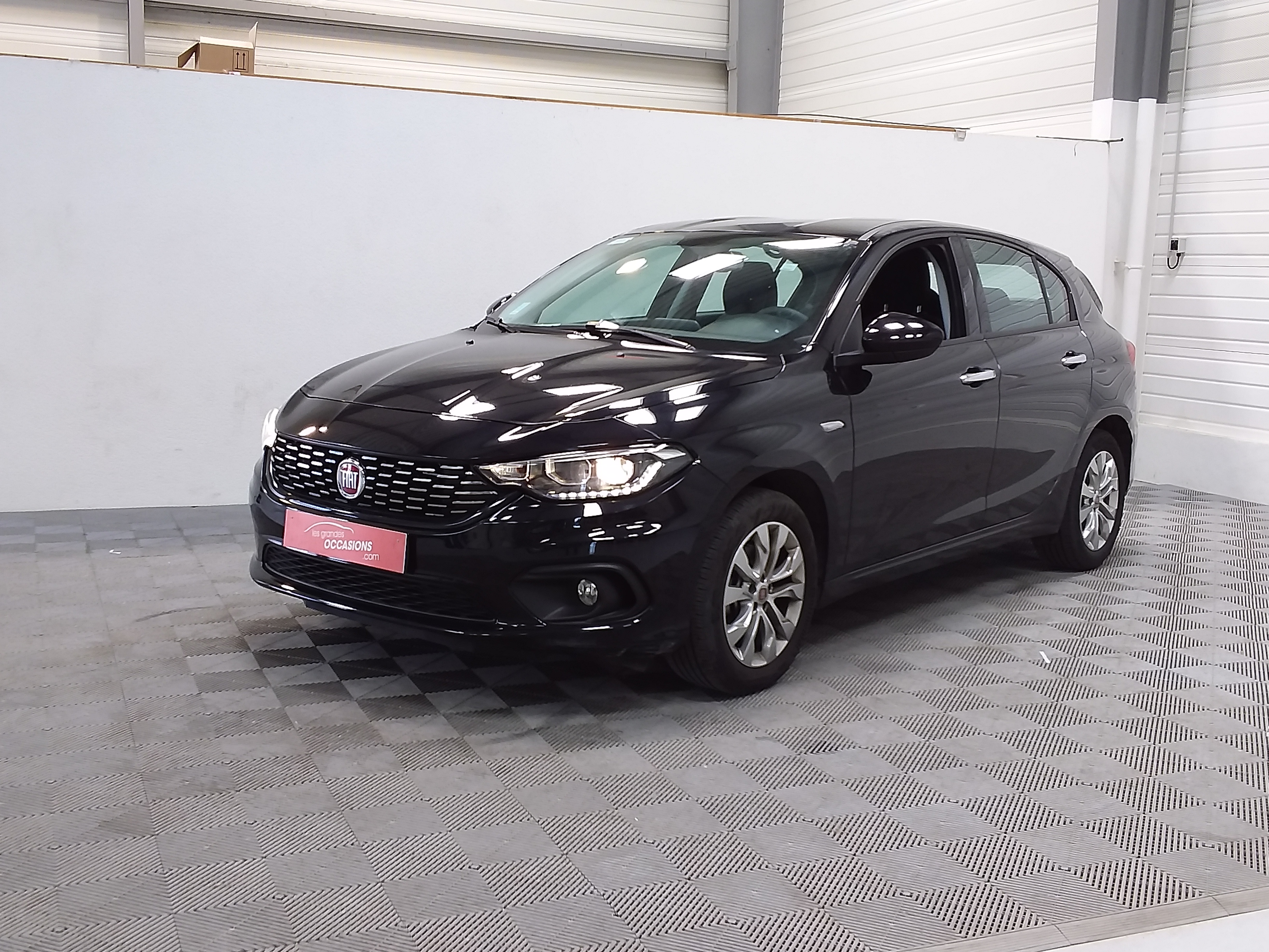 Photo du véhicule FIAT TIPO 5 PORTES MY19 E6D 1.4 95 ch Easy