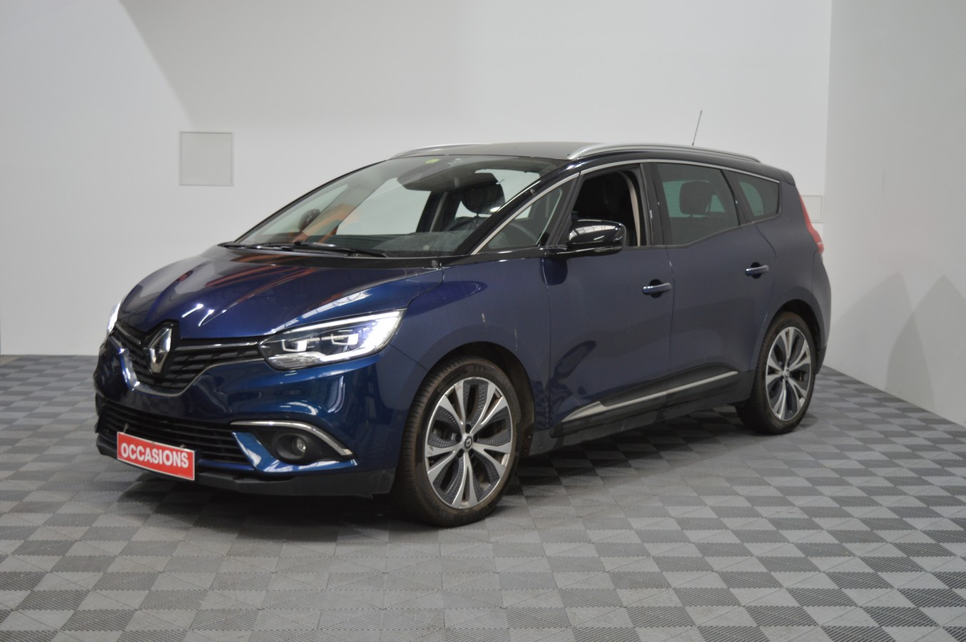 RENAULT GRAND SCENIC IV BUSINESS 7P DCI 110 ENERGY EDC INTENS d'occasion