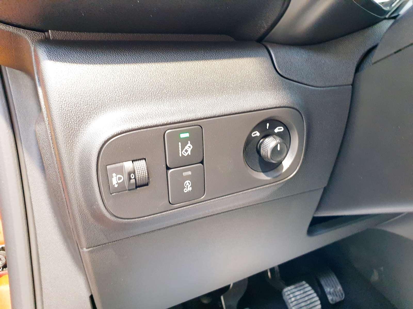 Miniature CITROEN C3 PureTech 82 S&S BVM5 Feel