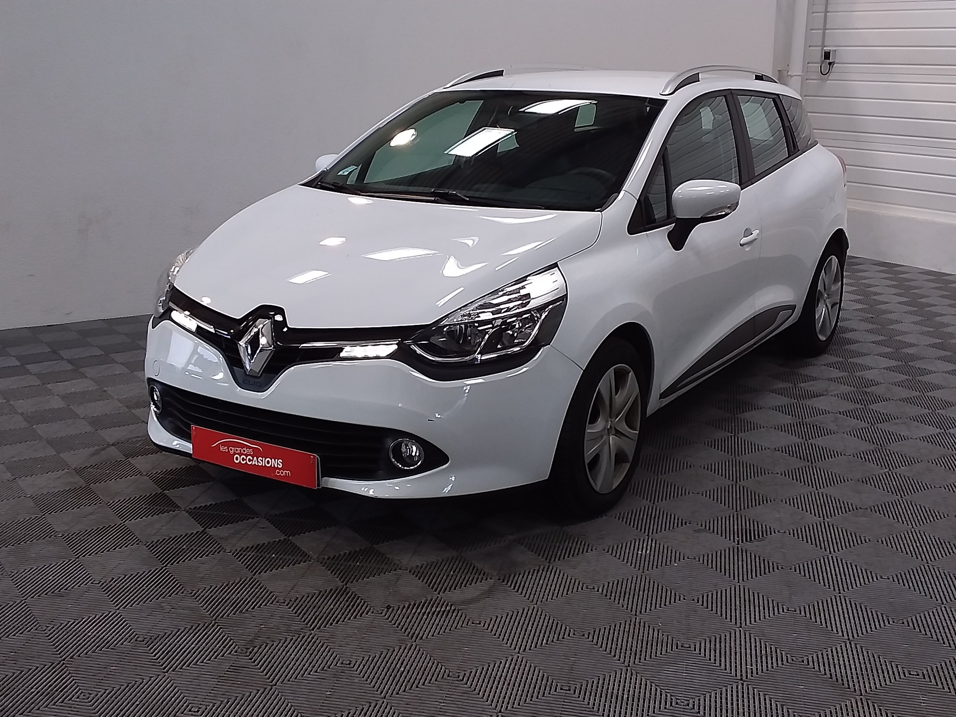 RENAULT CLIO IV ESTATE BUSINESS Estate IV dCi 90 Energy eco2 82g Business d'occasion