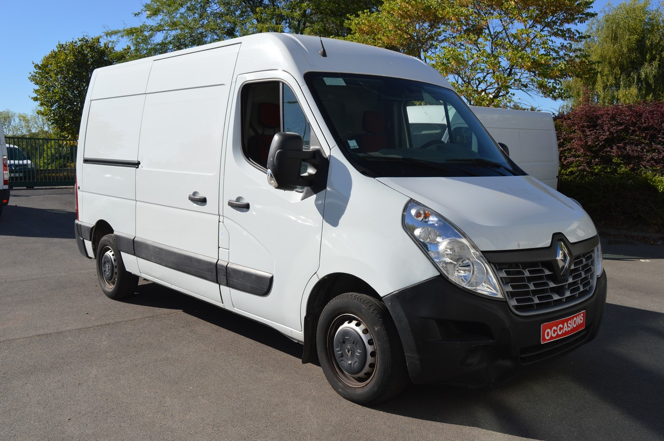 RENAULT MASTER FOURGON 2017 - Photo n°2