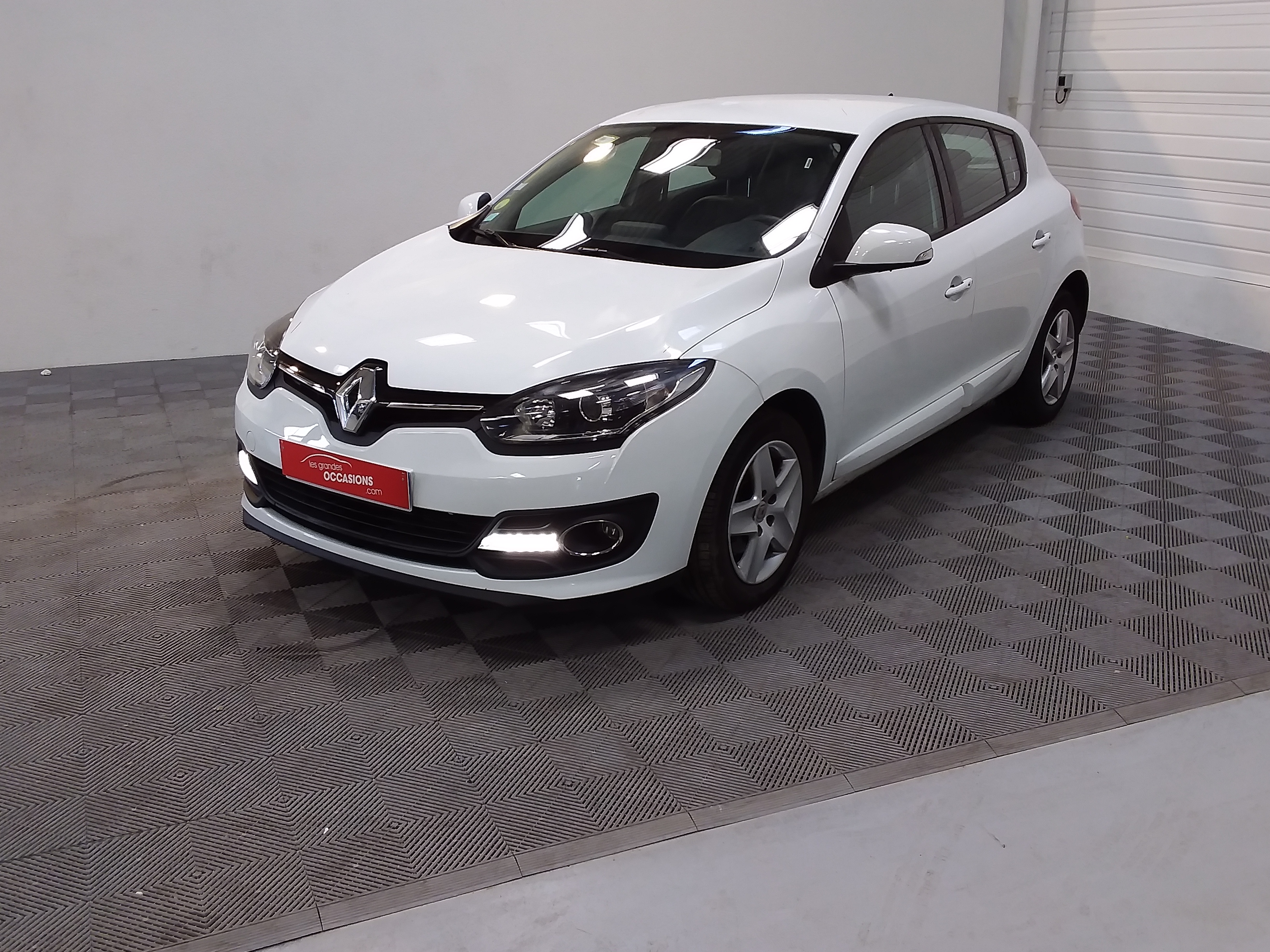 RENAULT MEGANE III BERLINE BUSINESS dCi 110 Energy eco2 Business E6 d'occasion