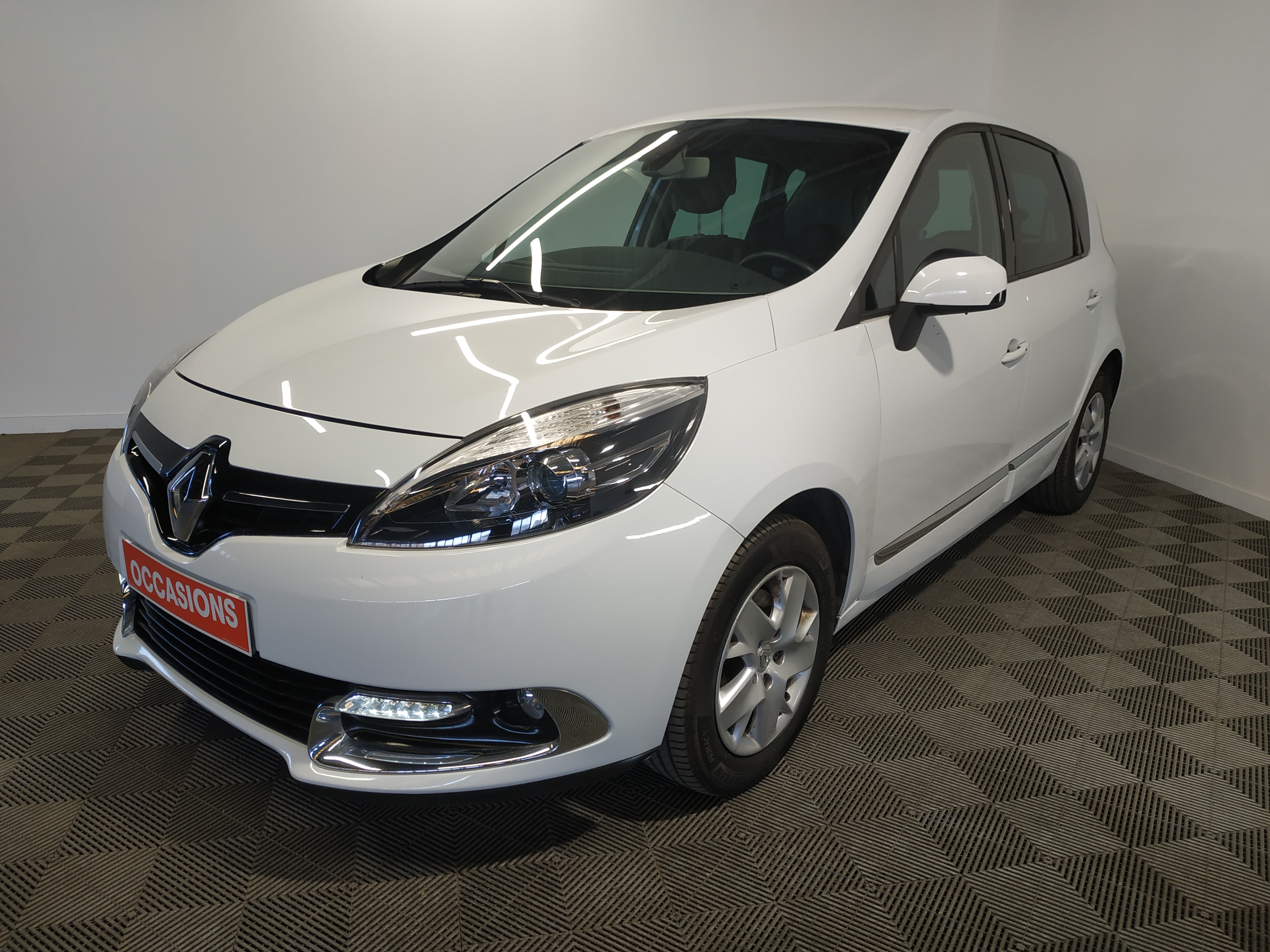 RENAULT SCENIC III BUSINESS dCi 110 Energy eco2 Business d'occasion