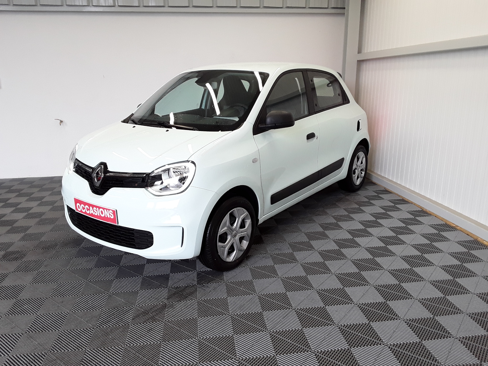 RENAULT TWINGO III Life SCe 65 - 20 d'occasion