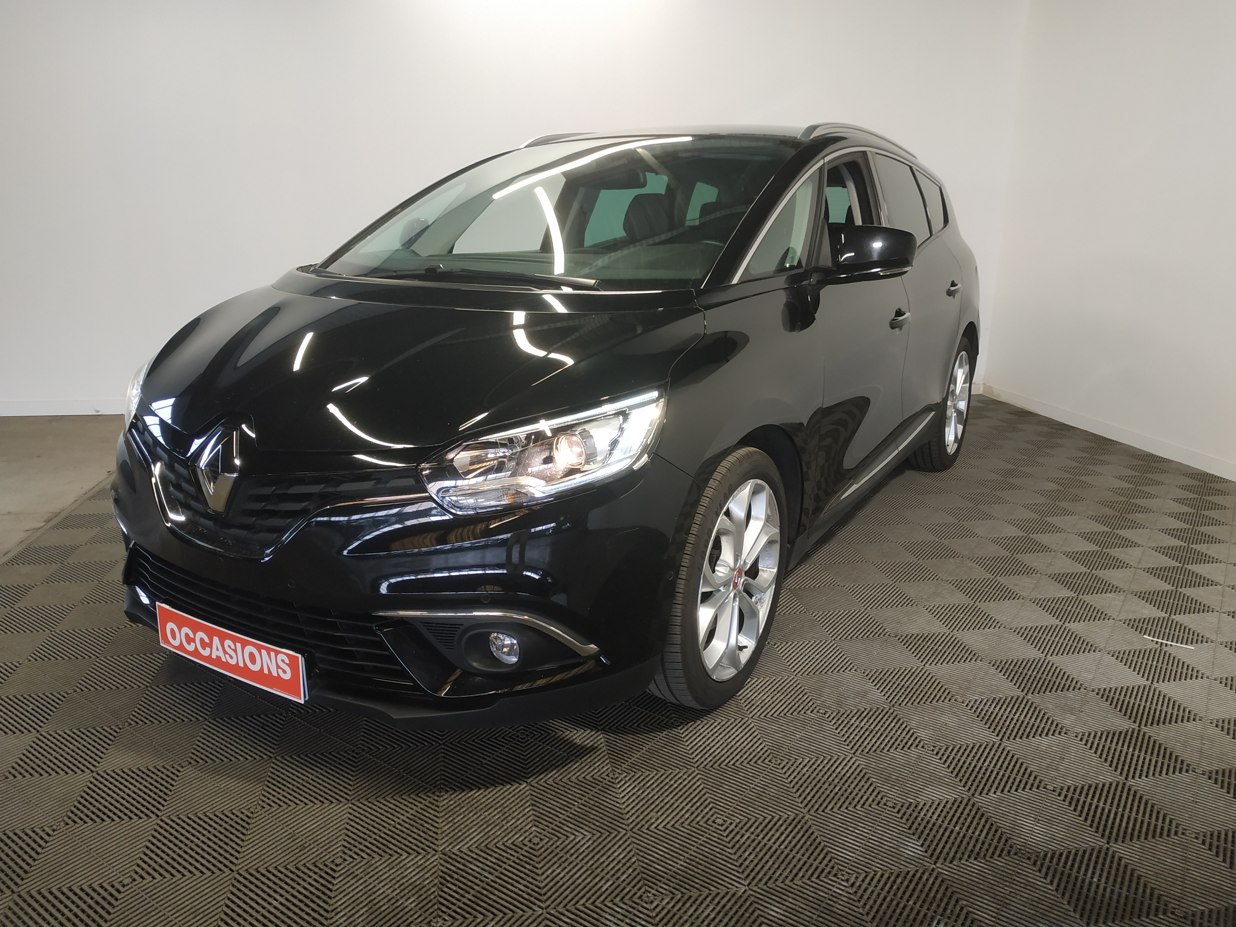 RENAULT GRAND SCENIC IV BUSINESS DCI 110 ENERGY EDC BUSINESS 7 PL d'occasion