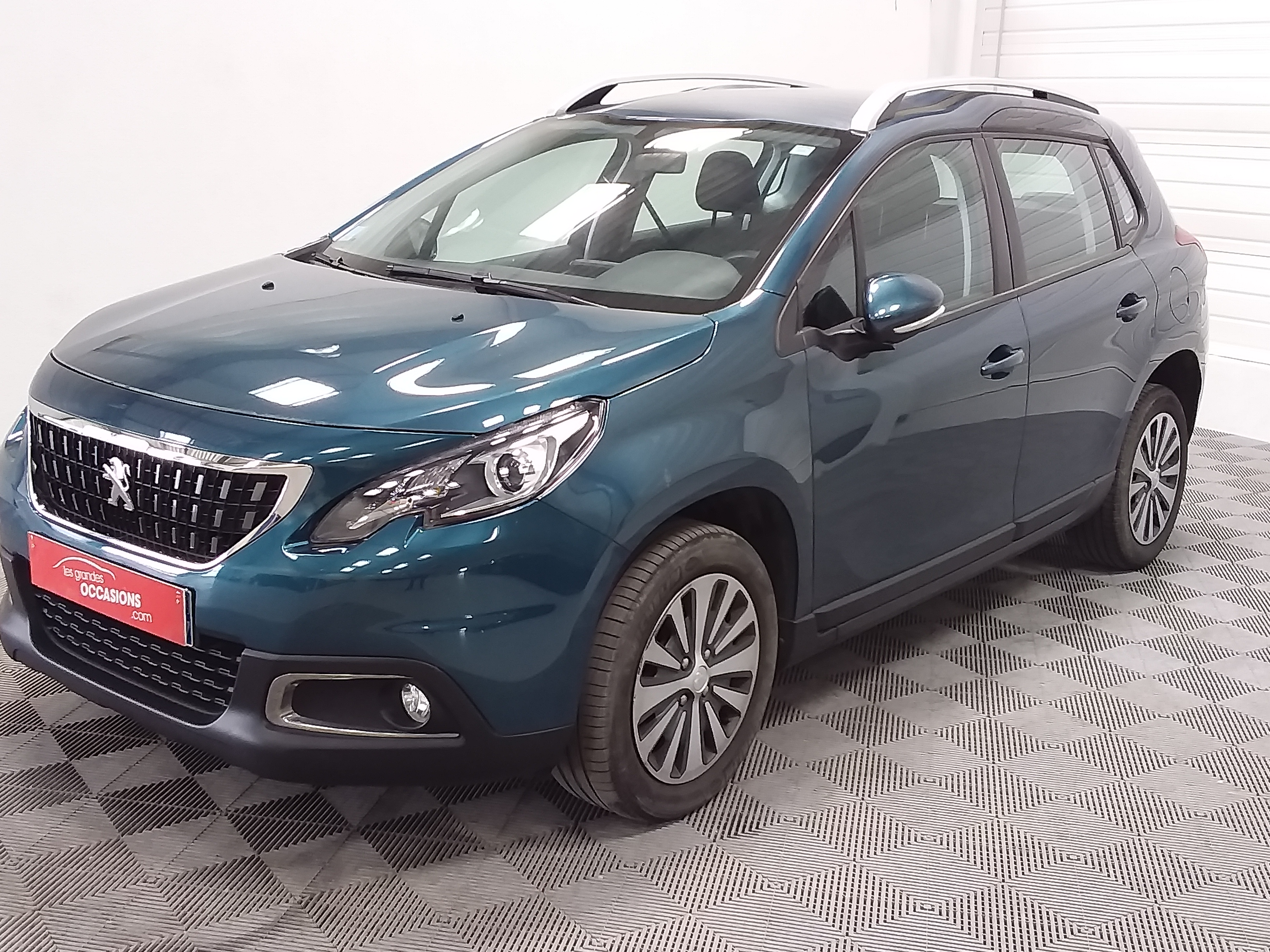 Photo du véhicule PEUGEOT 2008 BUSINESS 1.6 BlueHDi 100ch Active Business S&S ETG6