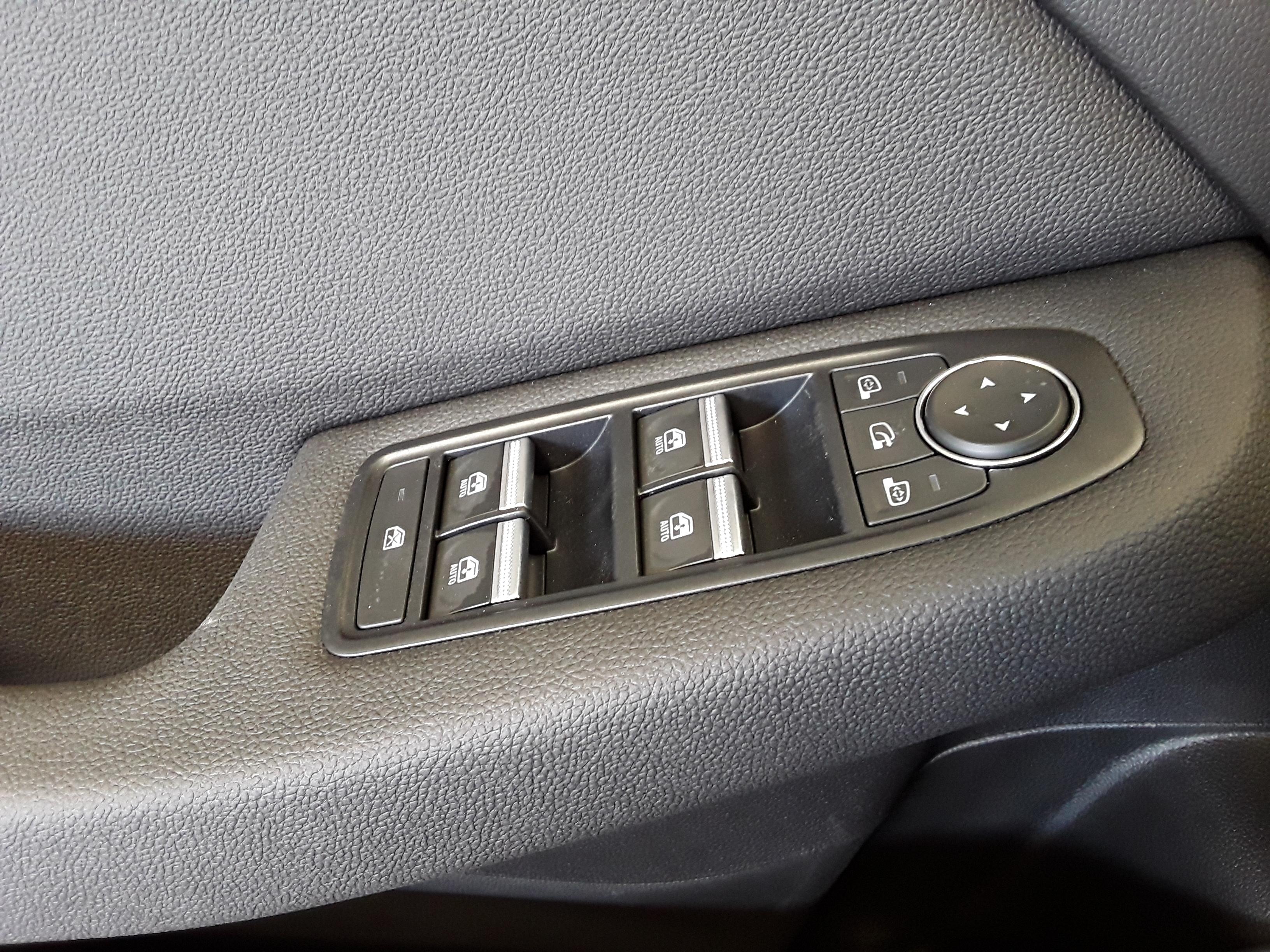 RENAULT CLIO V 2020 - Photo n°17