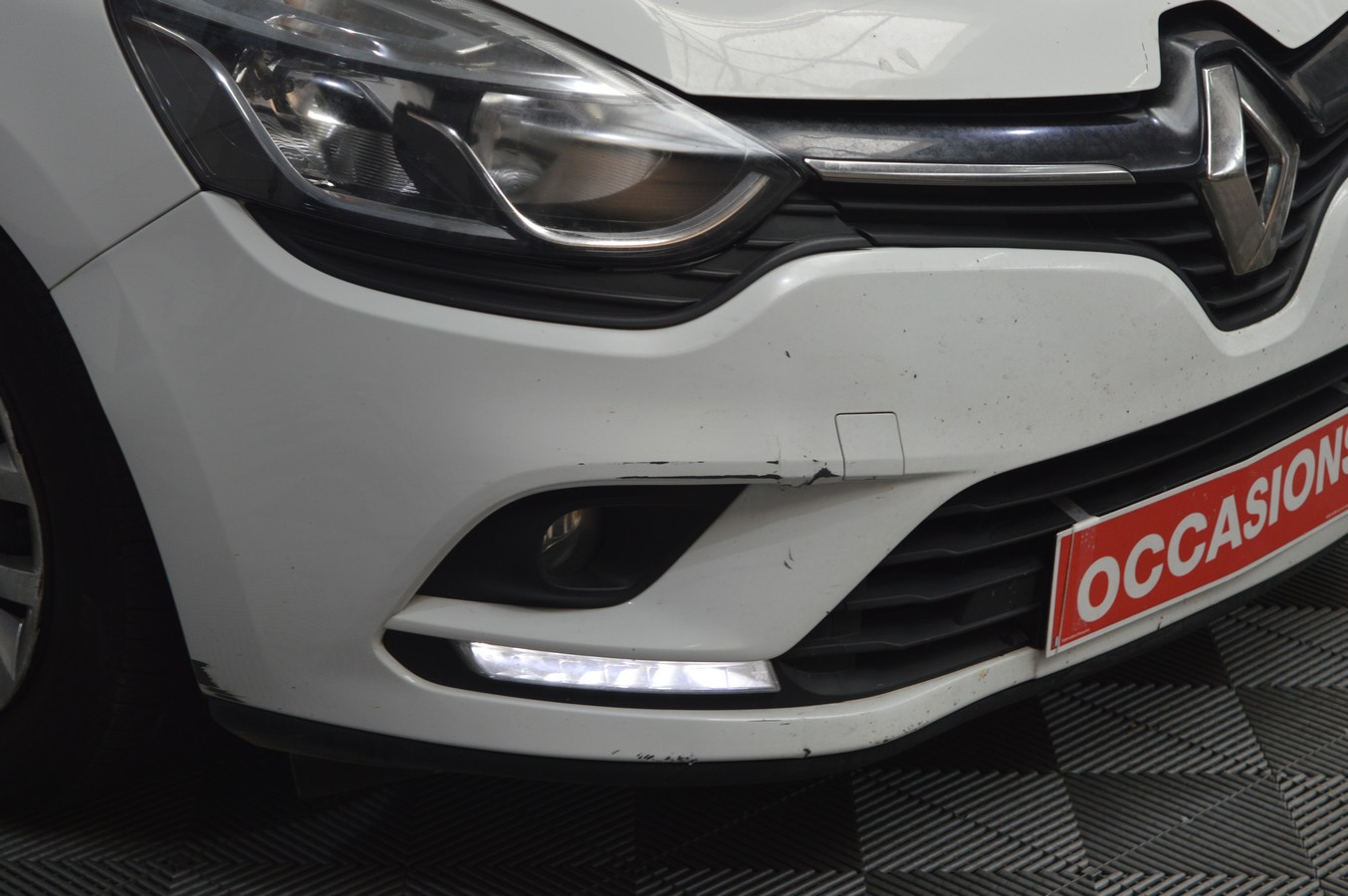 RENAULT CLIO IV SOCIETE 2016 - Photo n°1