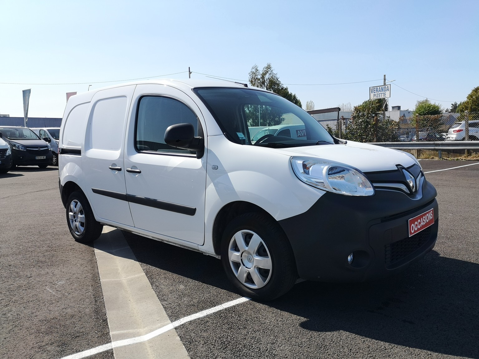 RENAULT KANGOO EXPRESS 2017 - Photo n°2
