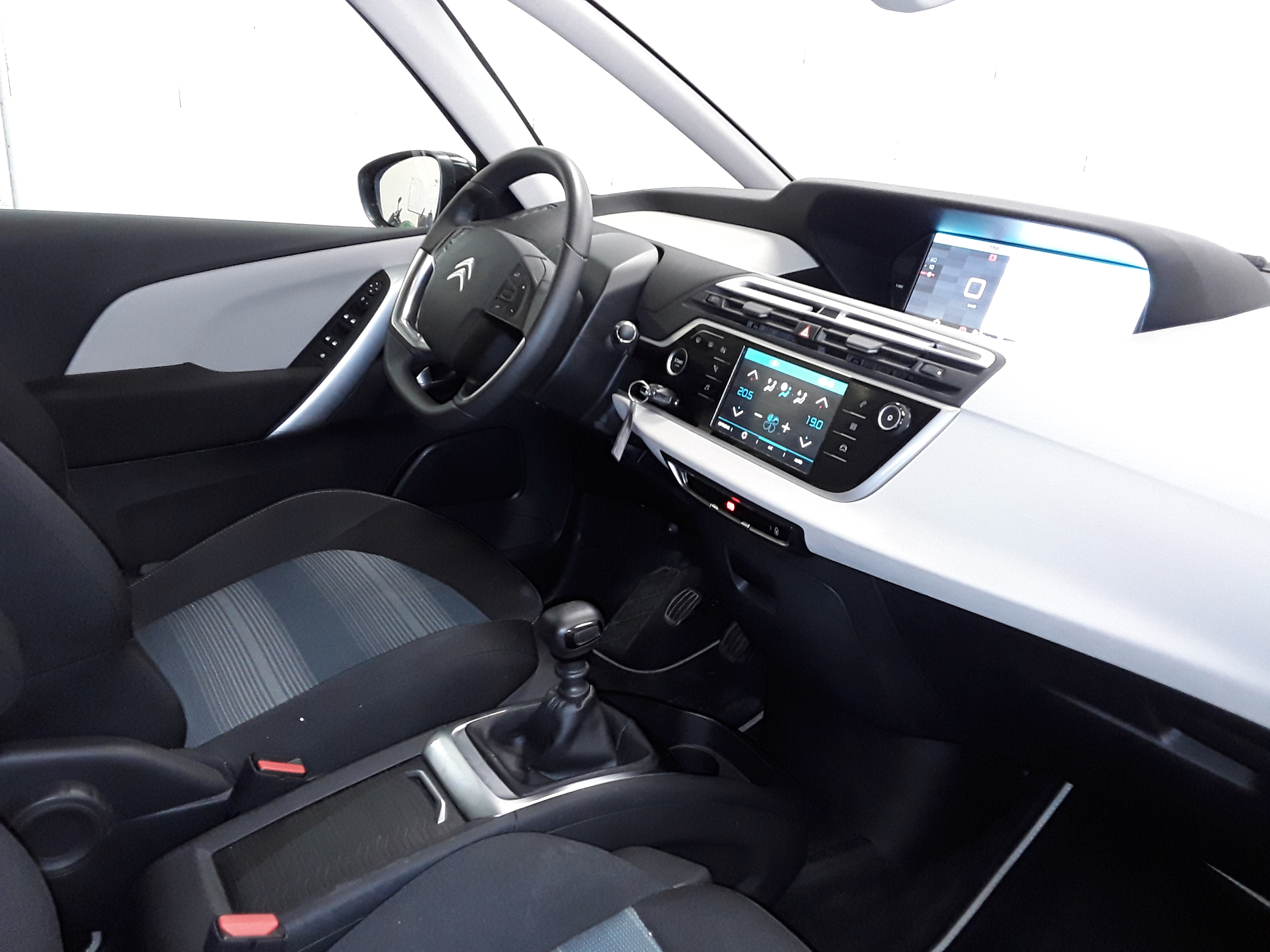 CITROEN C4 SPACETOURER 2019 - Photo n°8
