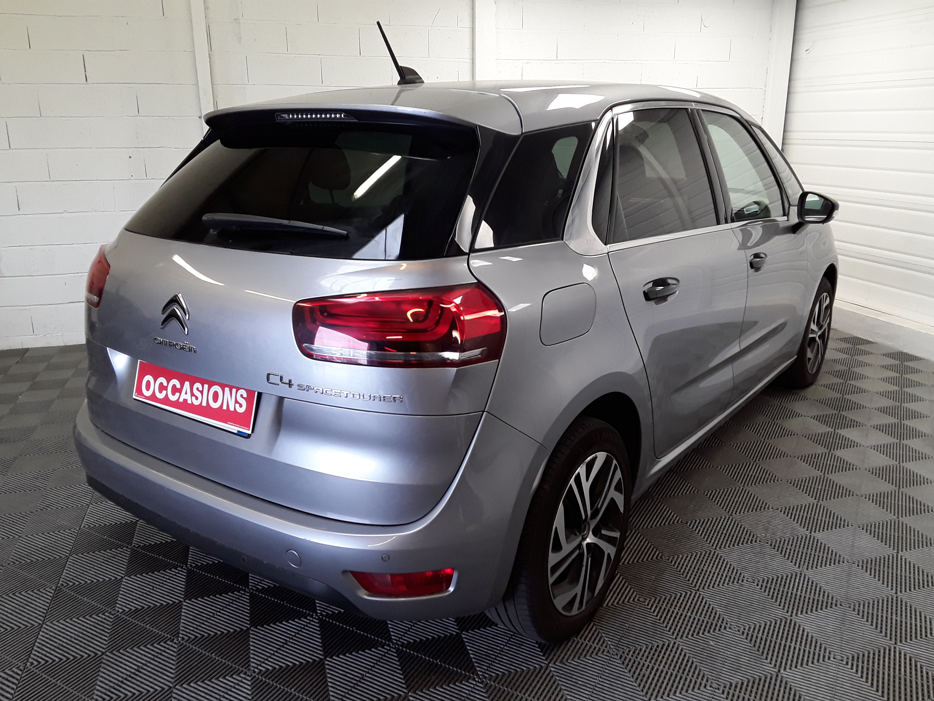 CITROEN C4 SPACETOURER 2019 - Photo n°4