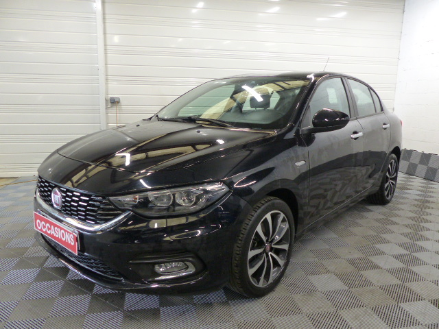 Photo du véhicule FIAT TIPO 1.4 95 ch Easy