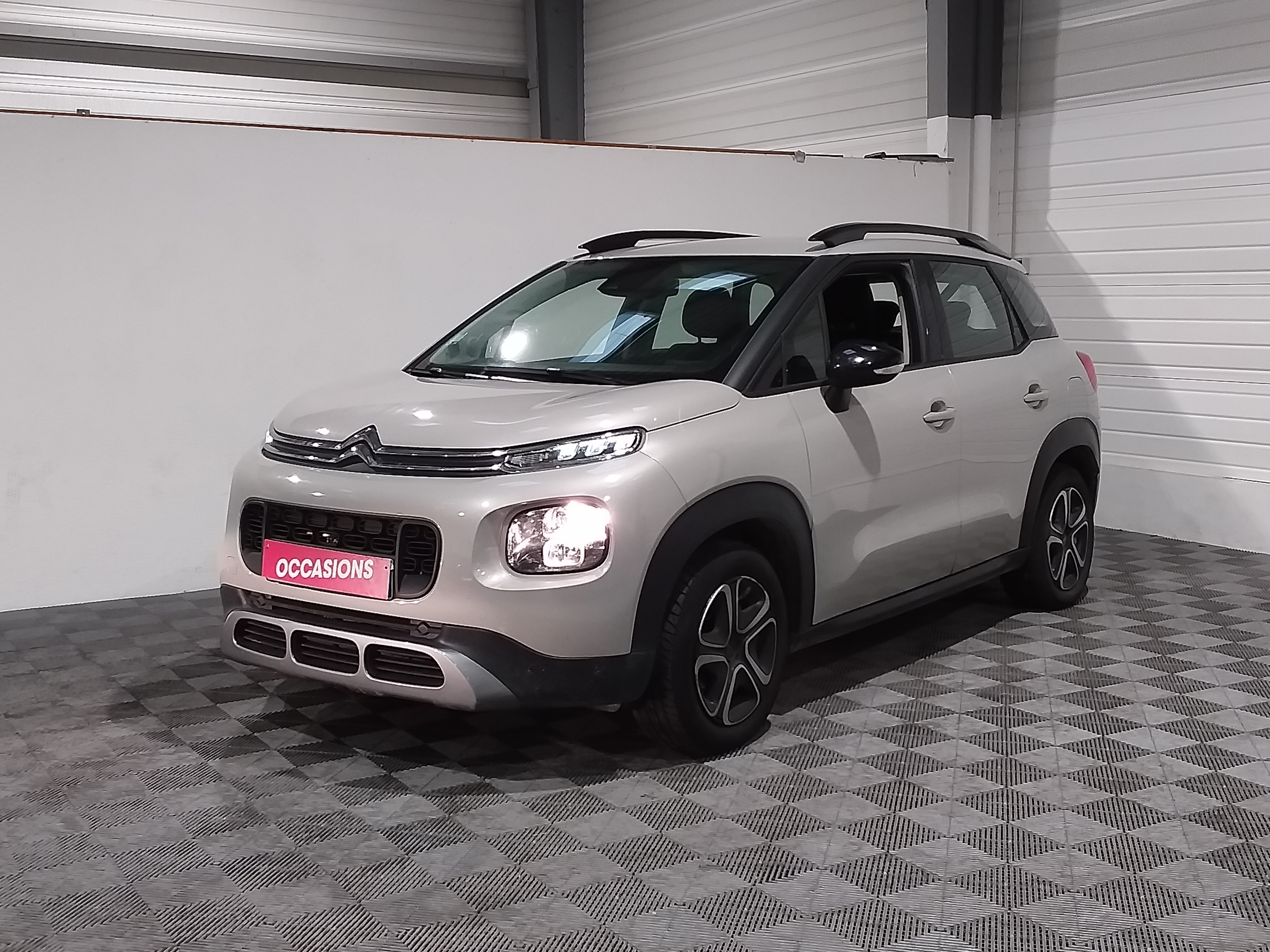 Photo du véhicule CITROEN C3 AIRCROSS BHDI 100 BVM FEEL