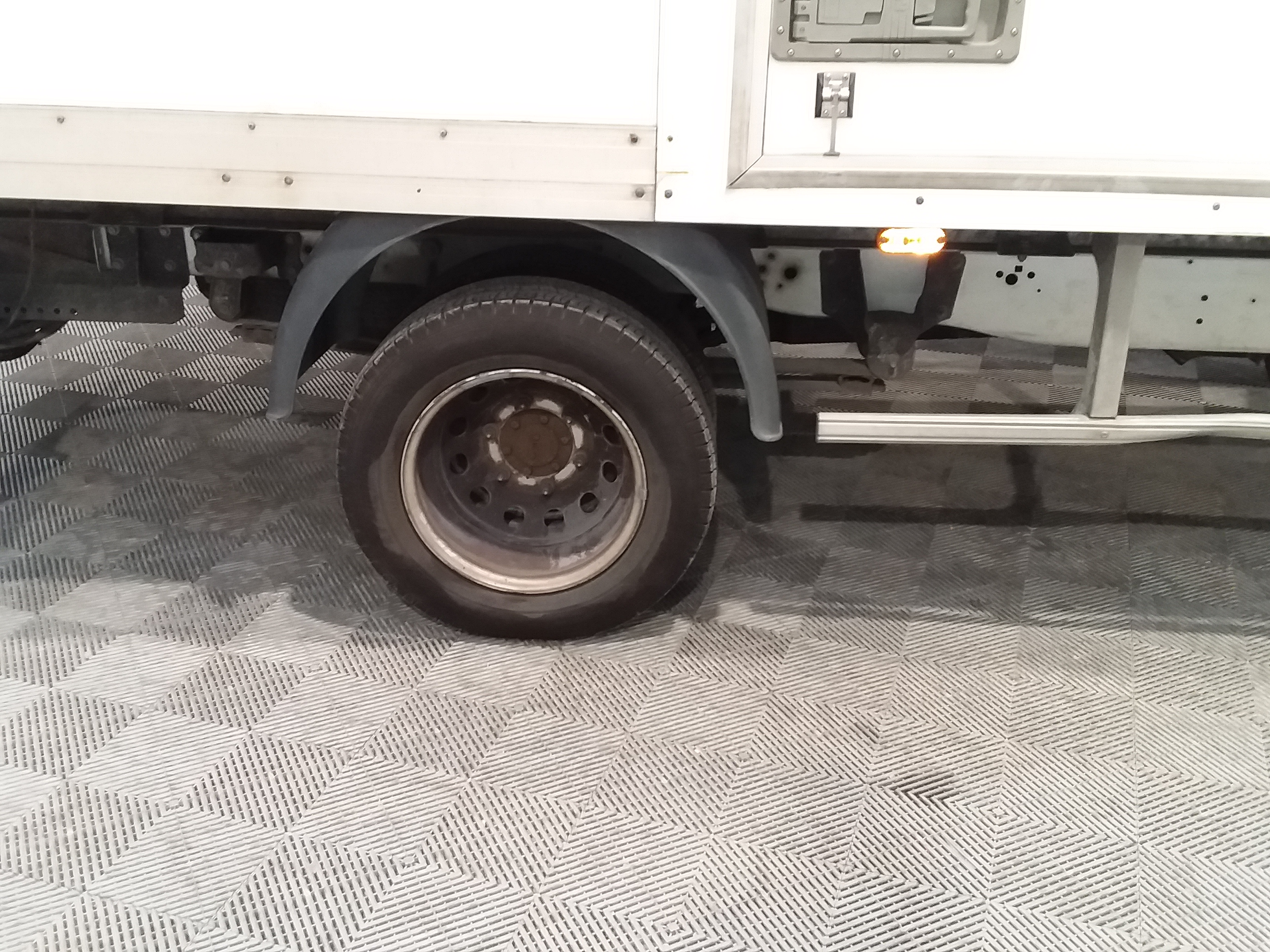 FORD TRANSIT CHASSIS CABINE 2017 - Photo n°12