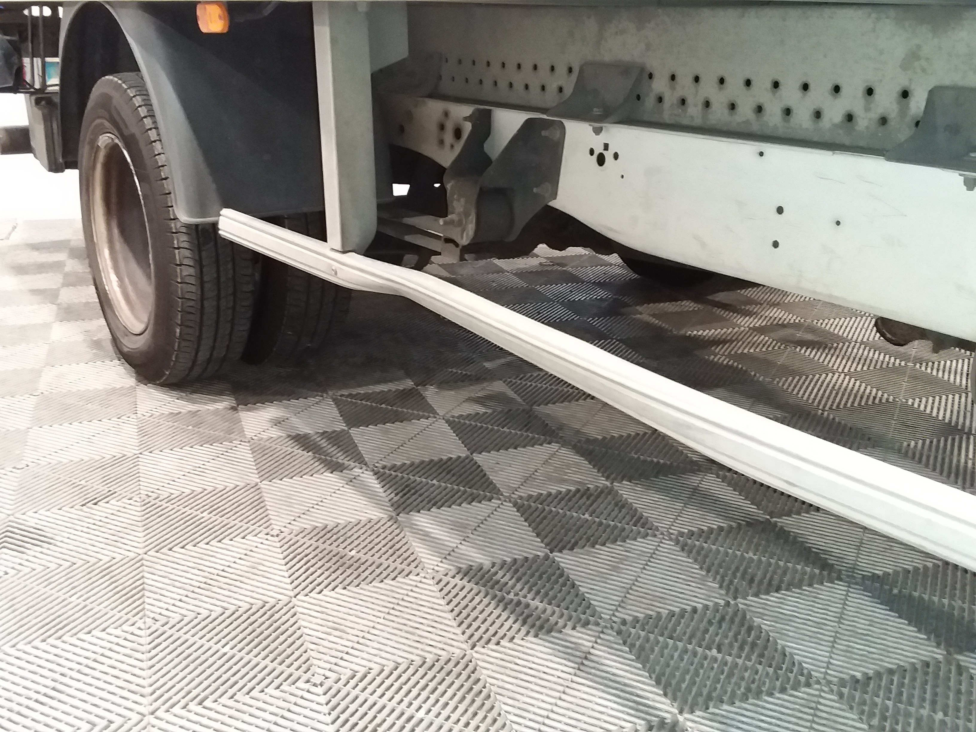 FORD TRANSIT CHASSIS CABINE 2017 - Photo n°9