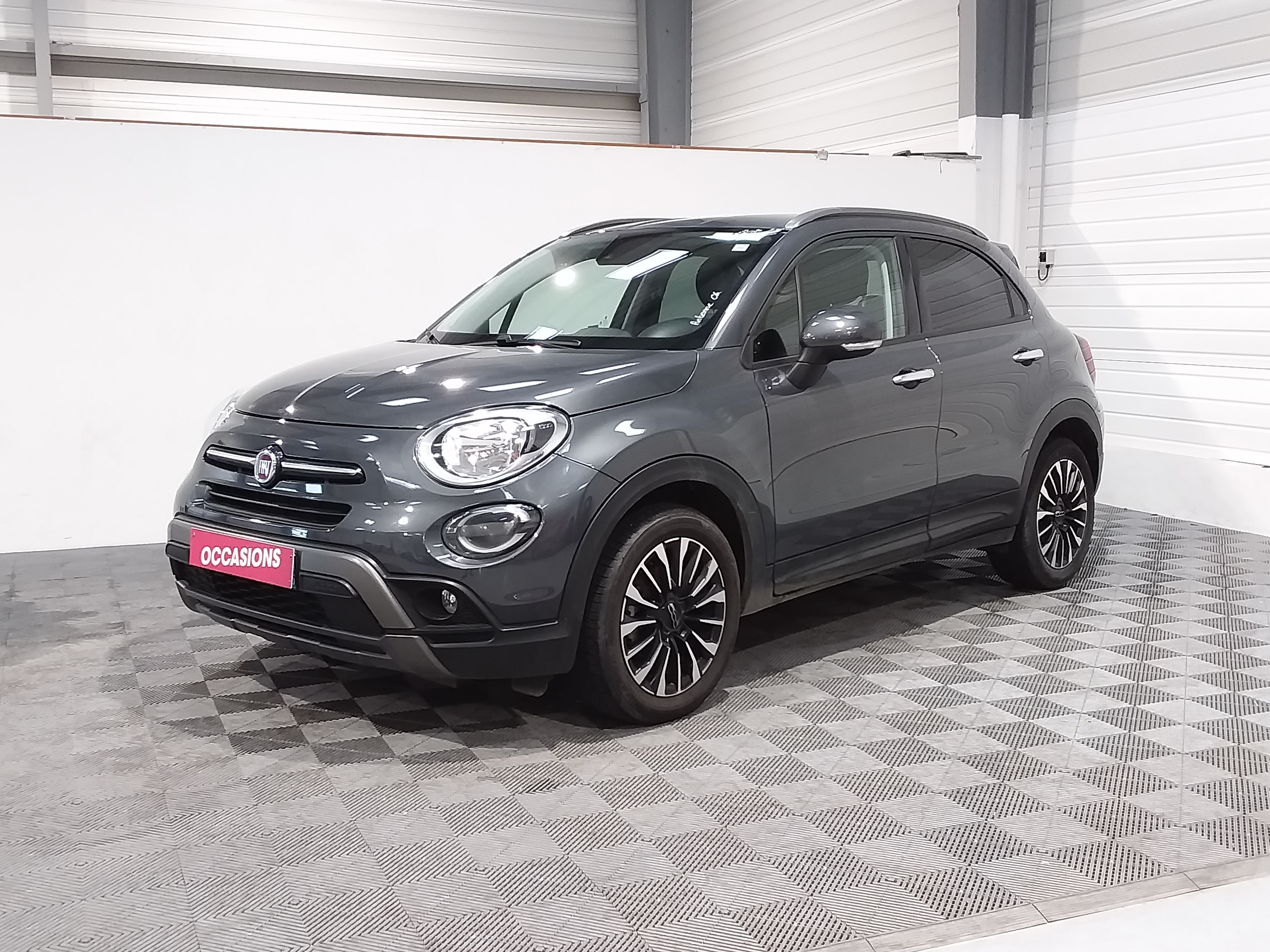 Photo du véhicule FIAT 500X MY19 CROSS LOOK - 1.0 FIRE FLY 120CV