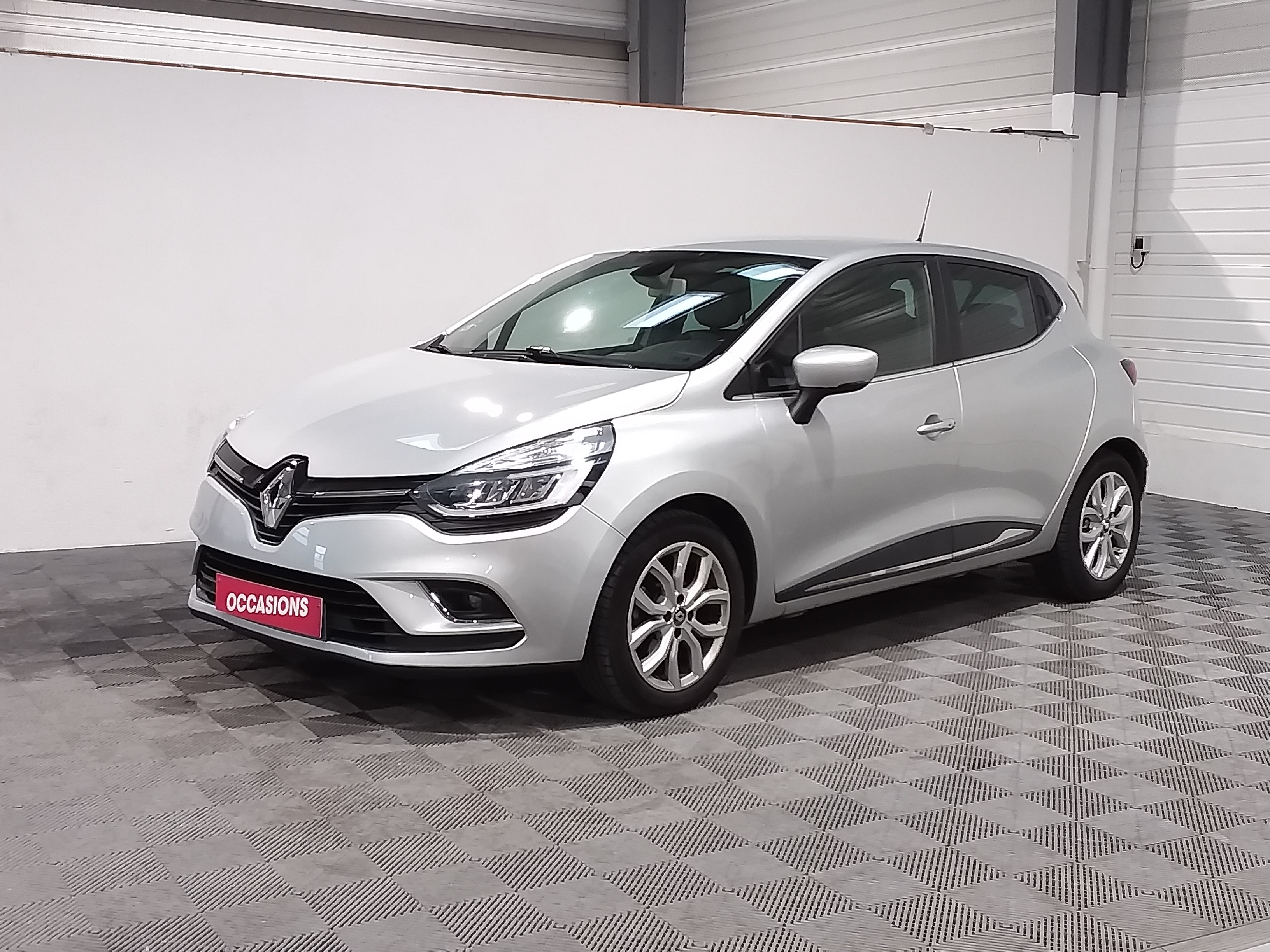RENAULT CLIO IV Intens ENERGY TCe 120 d'occasion