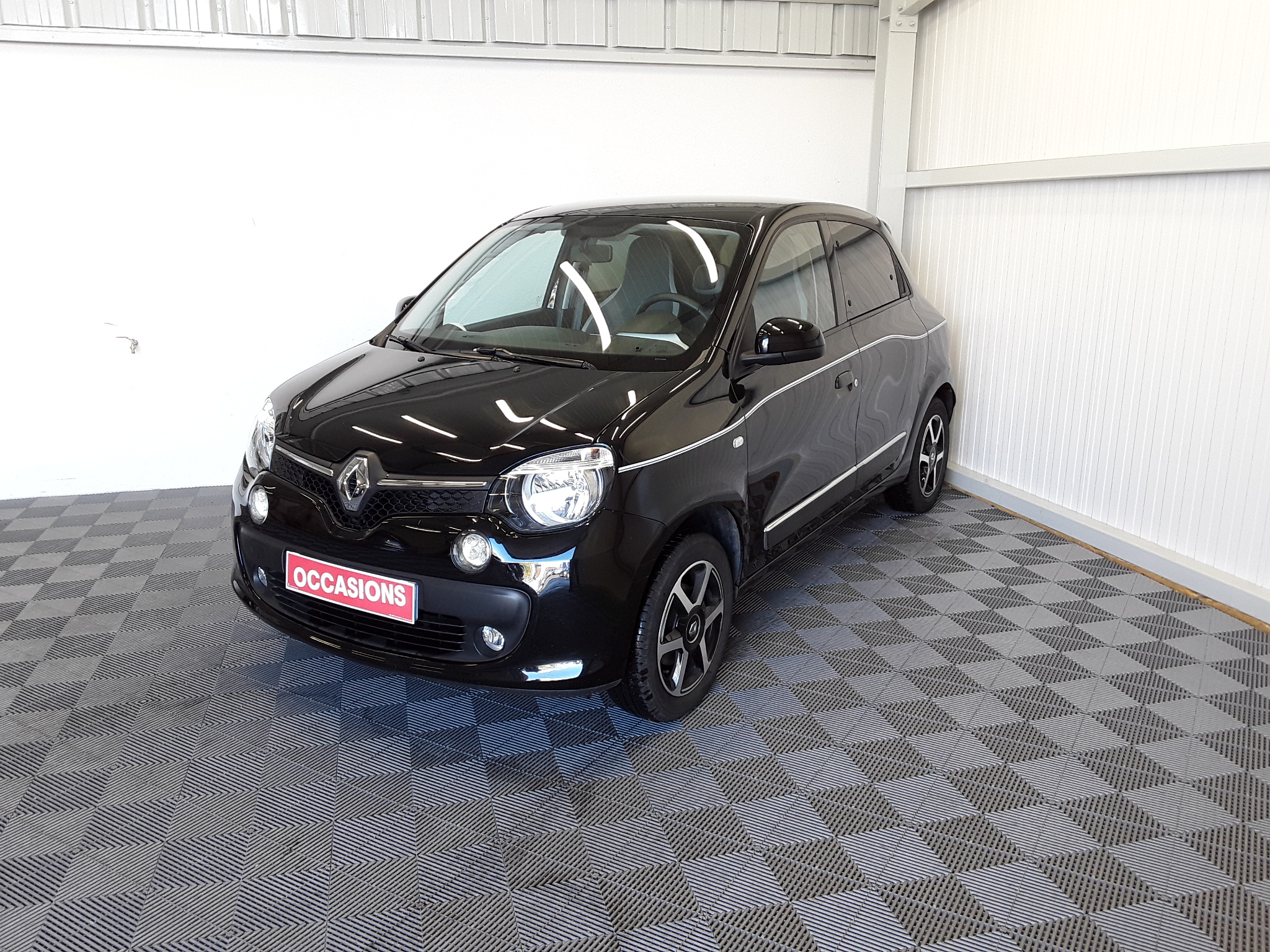 RENAULT TWINGO III 2019 - Photo n°1