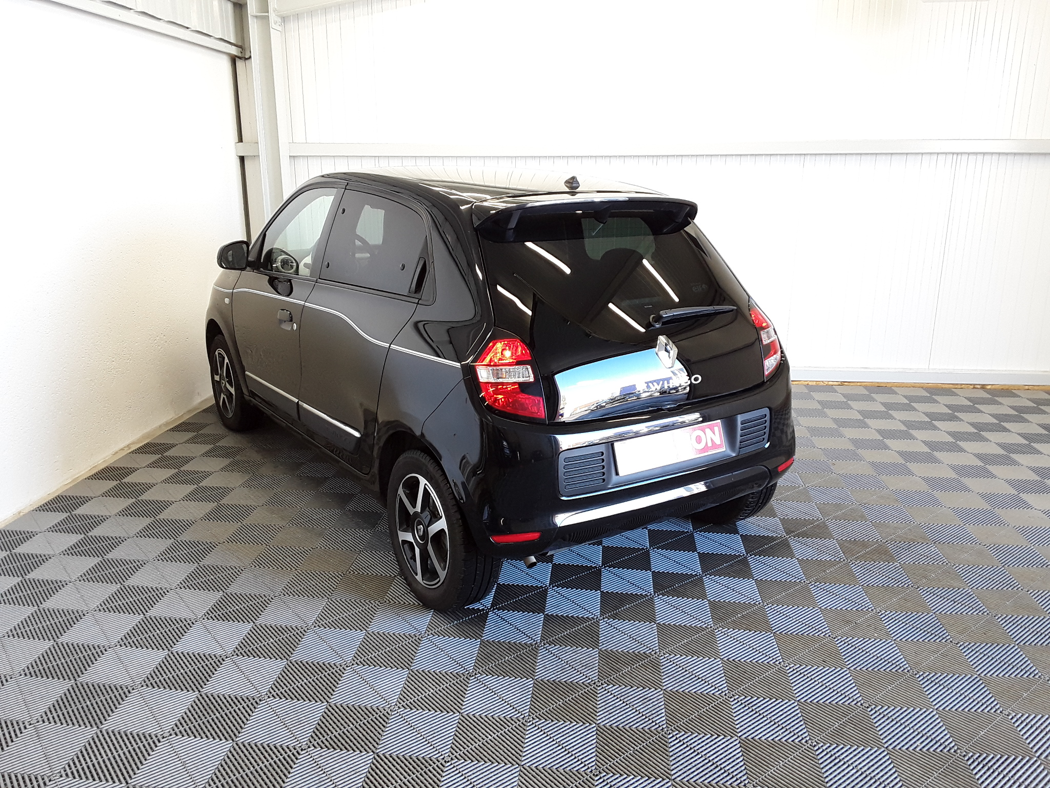 RENAULT TWINGO III 2019 - Photo n°4