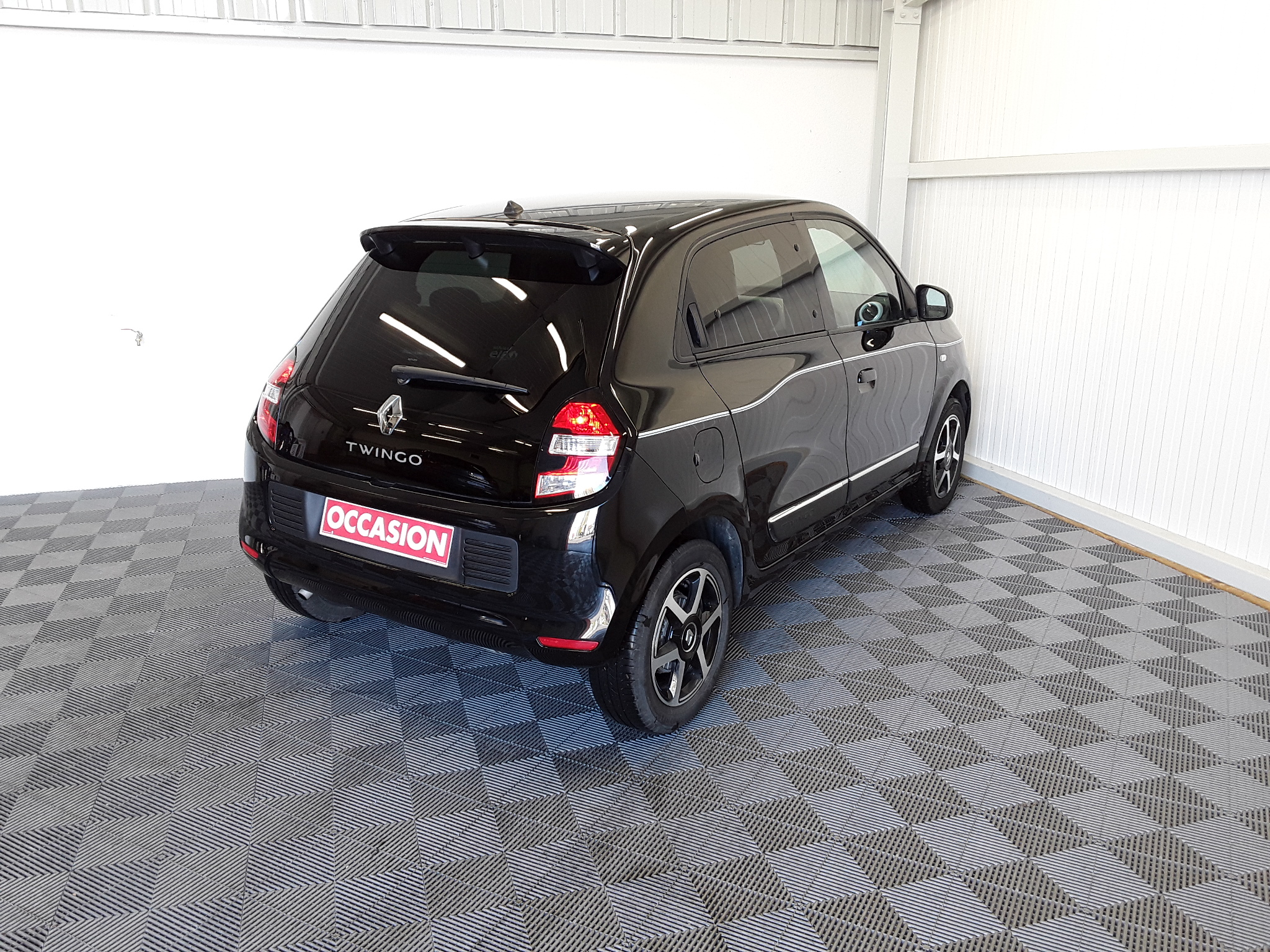 RENAULT TWINGO III 2019 - Photo n°3