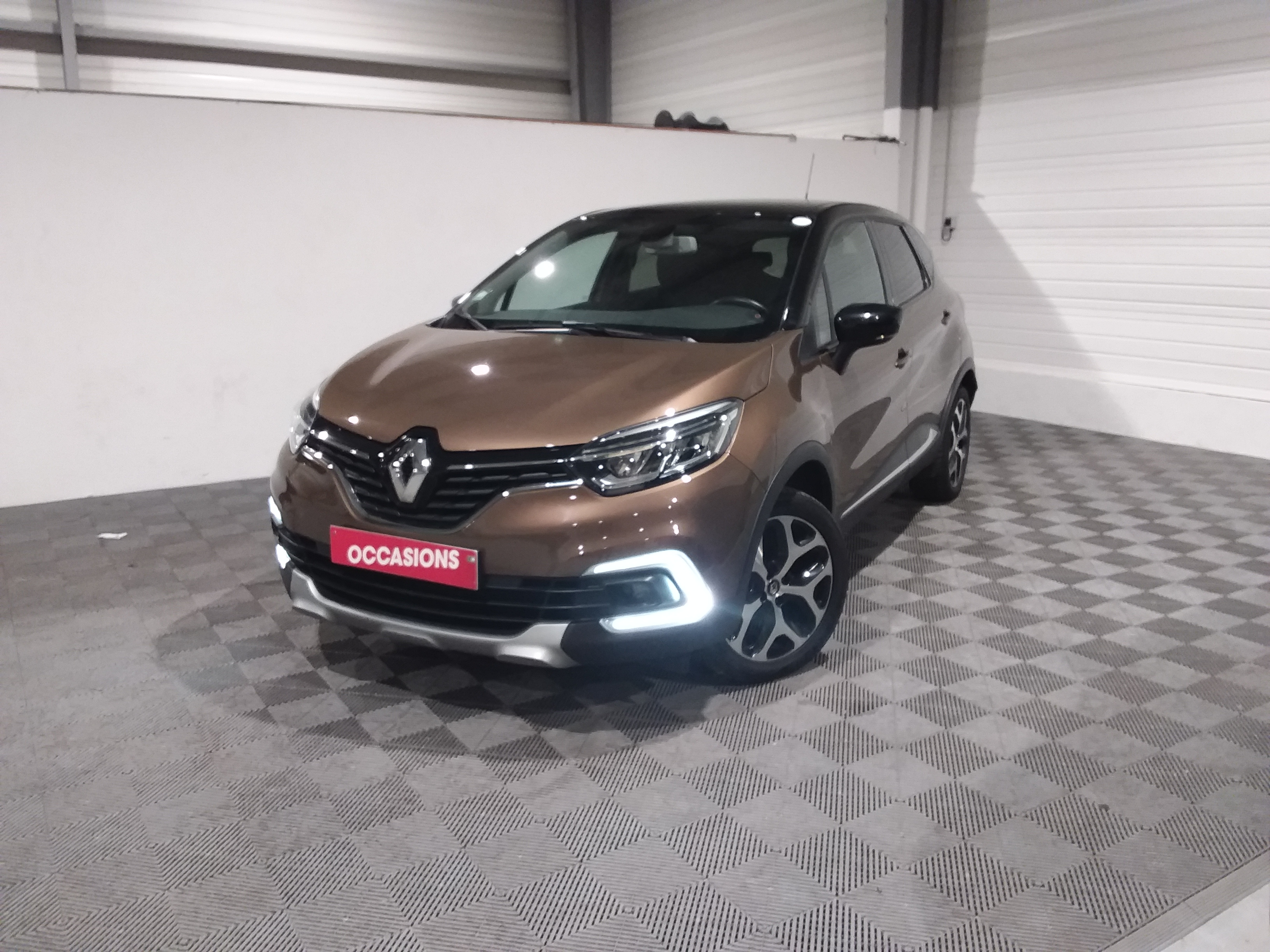 Photo du véhicule RENAULT CAPTUR Intens ENERGY TCe 90 E6C