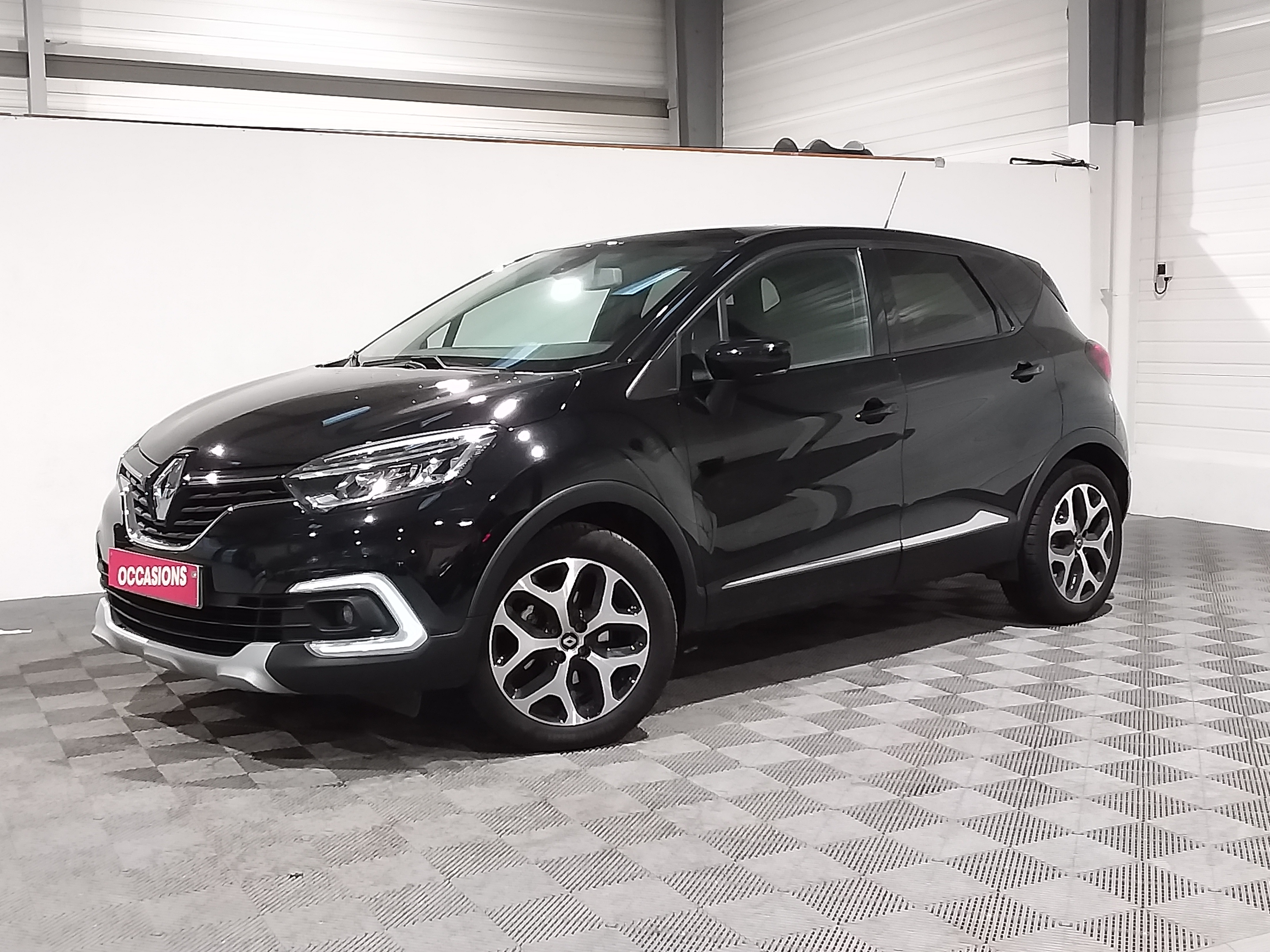 Photo du véhicule RENAULT CAPTUR Intens TCe 150 EDC FAP