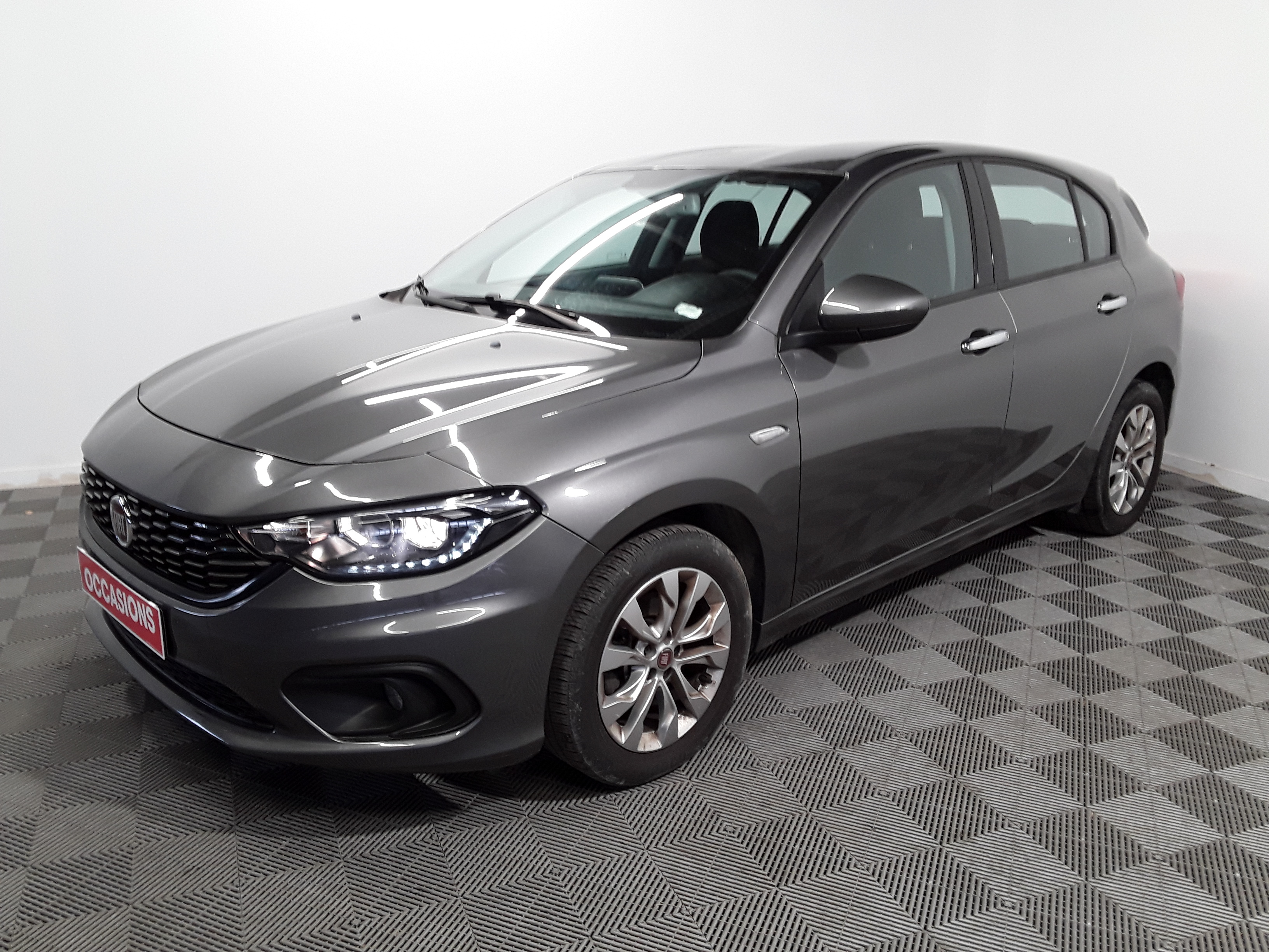 FIAT TIPO 5 PORTES 1.4 95 ch EASY d'occasion