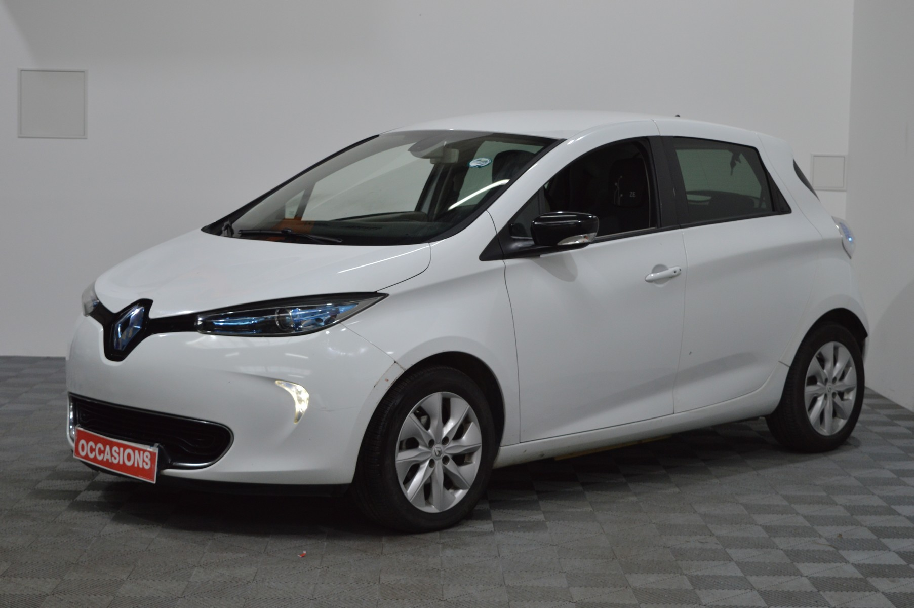 Photo du véhicule RENAULT ZOE INTENS CHARGE NORMALE