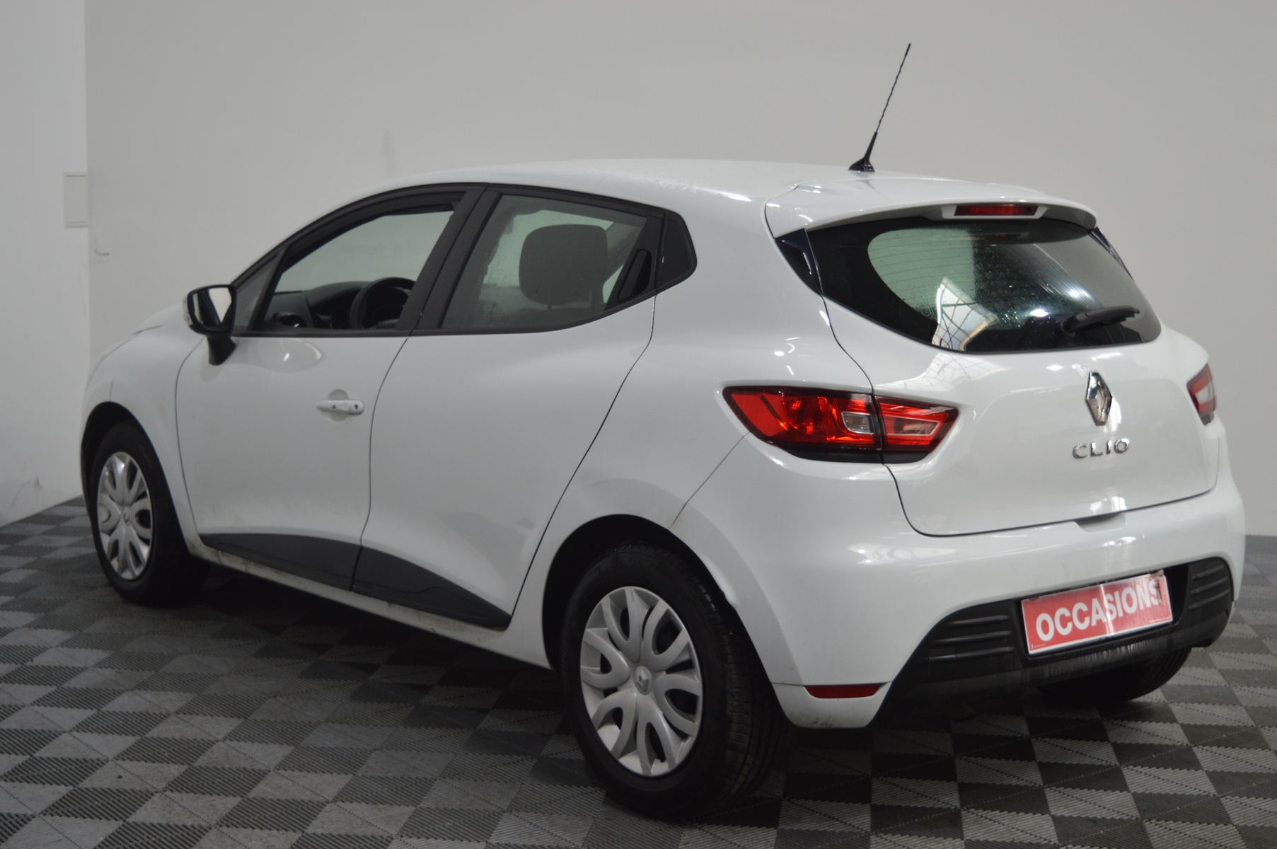 RENAULT CLIO IV SOCIETE 2018 à 7400 € - Photo n°4