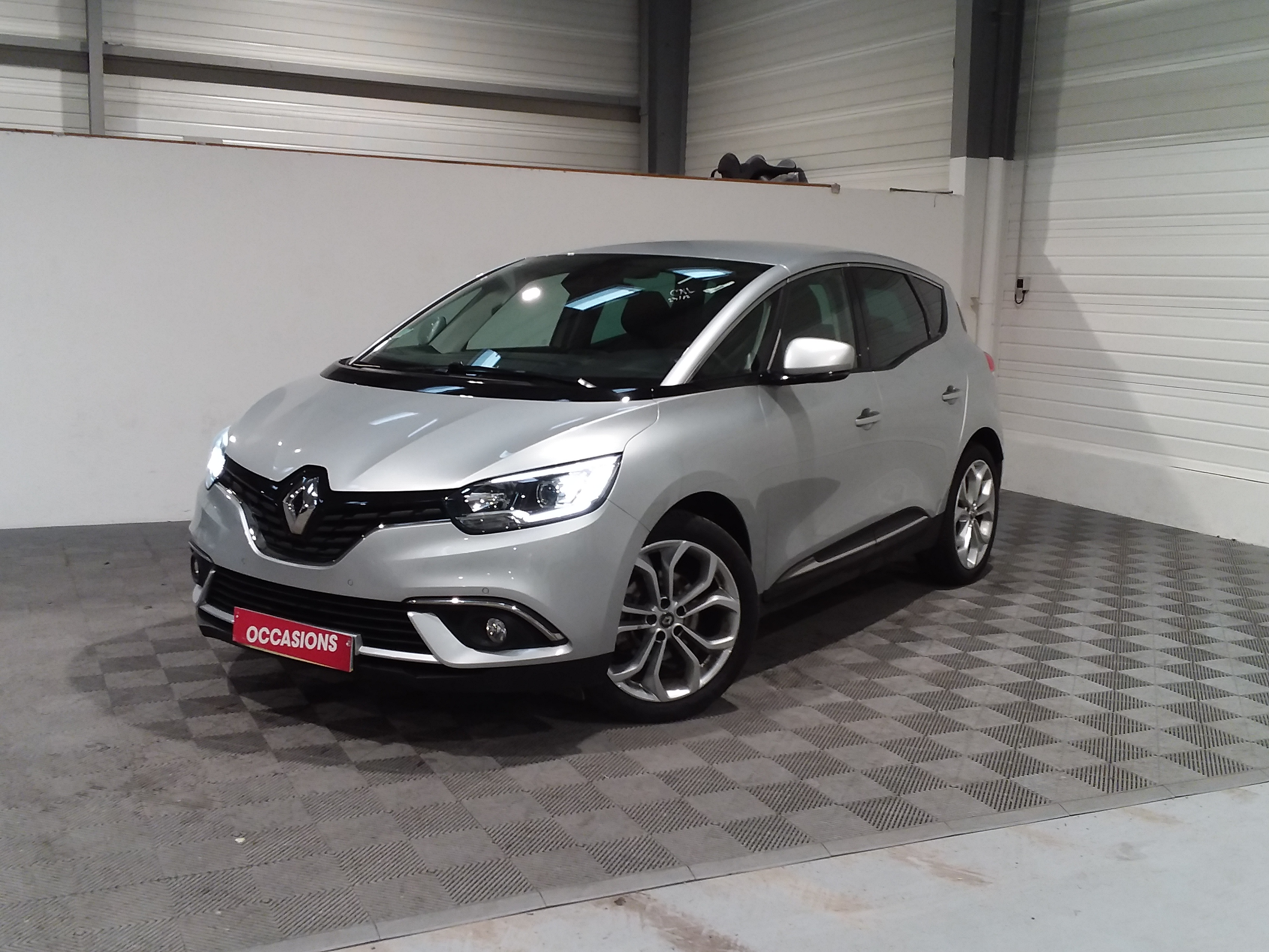RENAULT SCENIC IV BUSINESS Business Blue dCi 120 EDC d'occasion