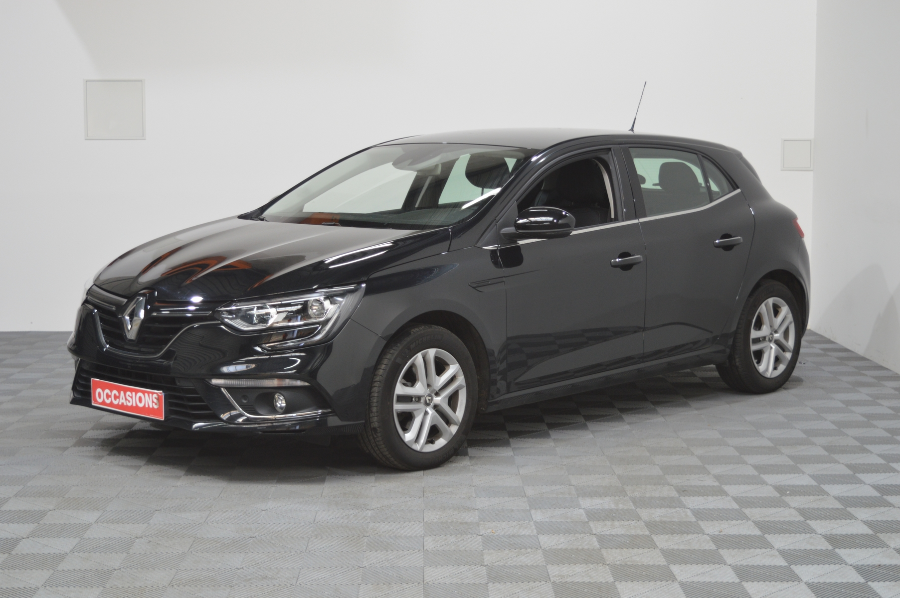 RENAULT MEGANE IV BERLINE BUSINESS TCe 115 FAP Business d'occasion