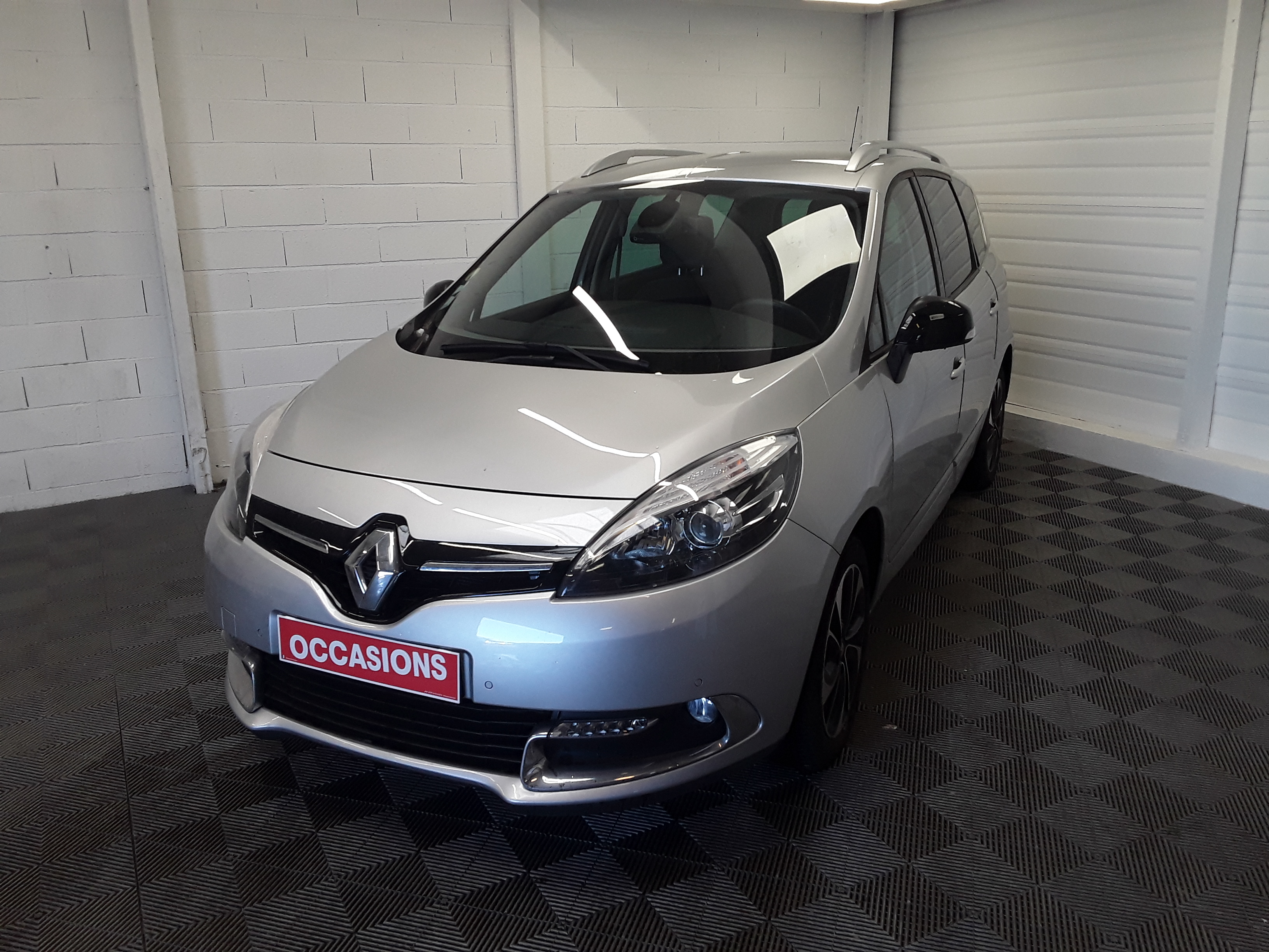 RENAULT GRAND SCENIC III dCi 110 Energy eco2 Bose Edition 5 pl d'occasion