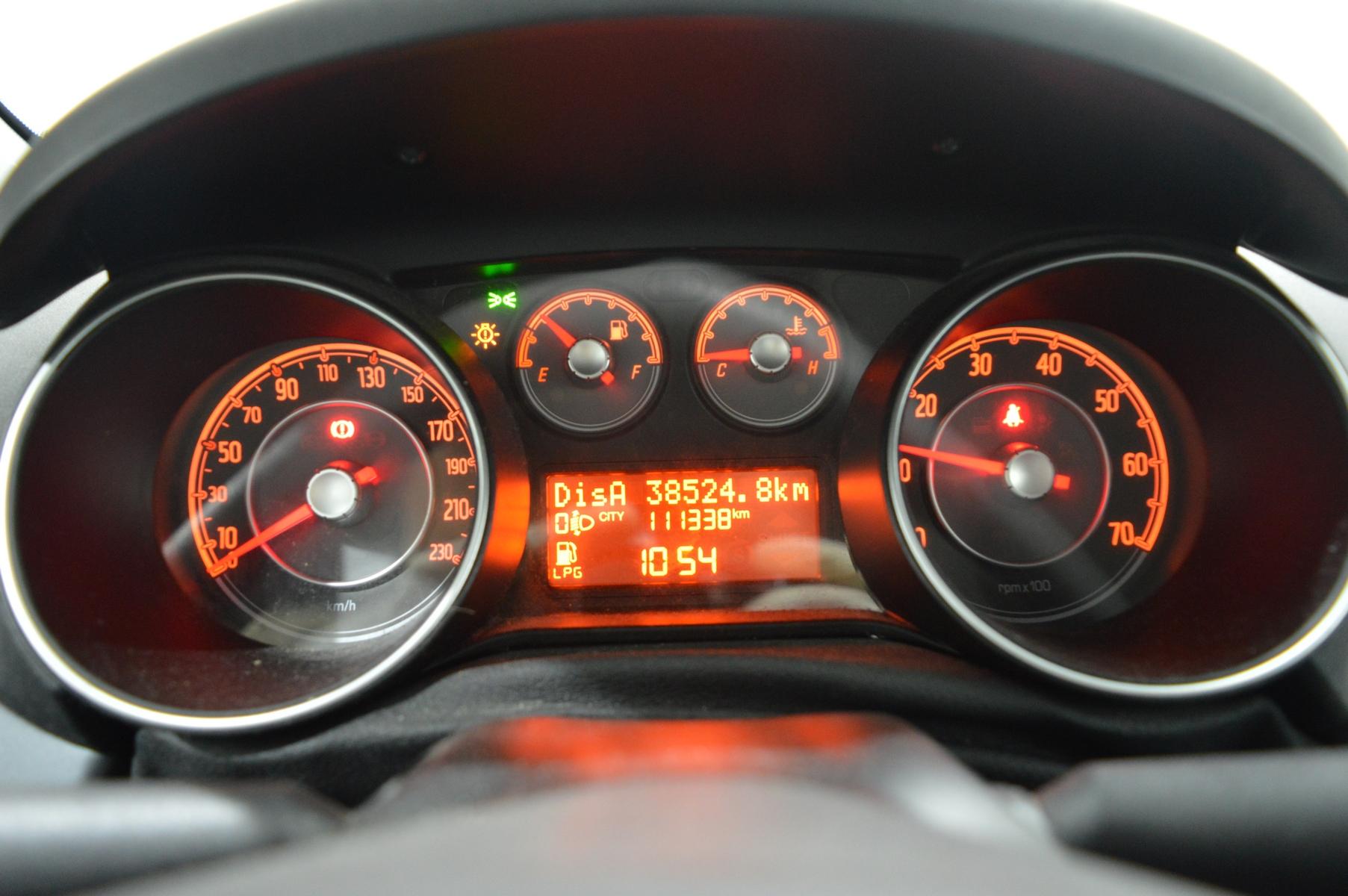 FIAT PUNTO EVO 2011 à 4500 € - Photo n°31