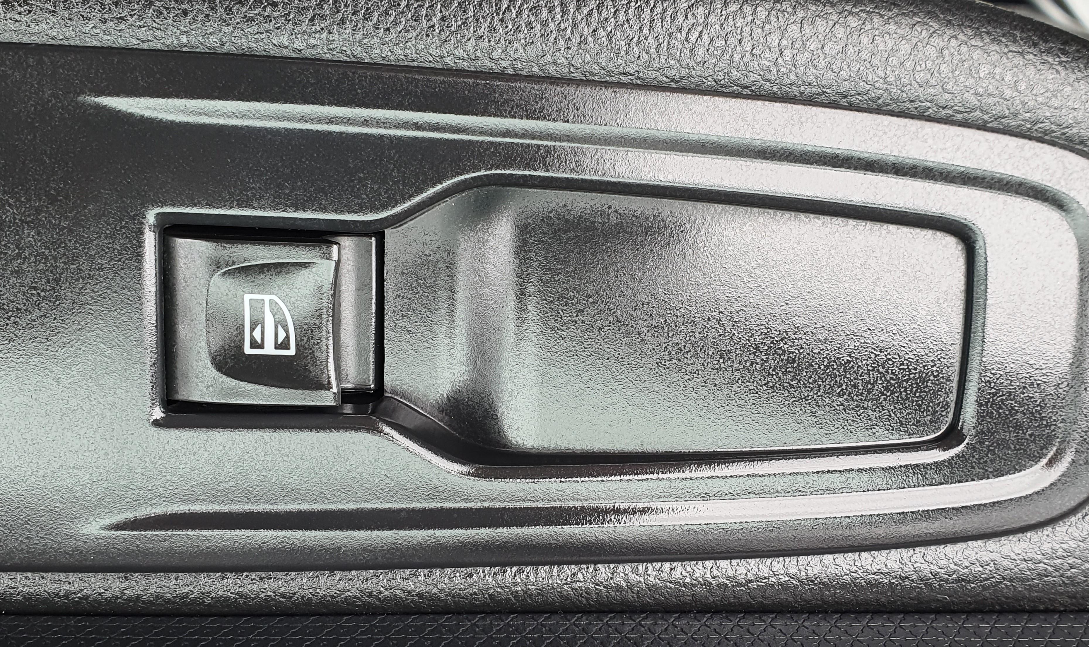 RENAULT CLIO IV SOCIETE 2017 à 6250 € - Photo n°6