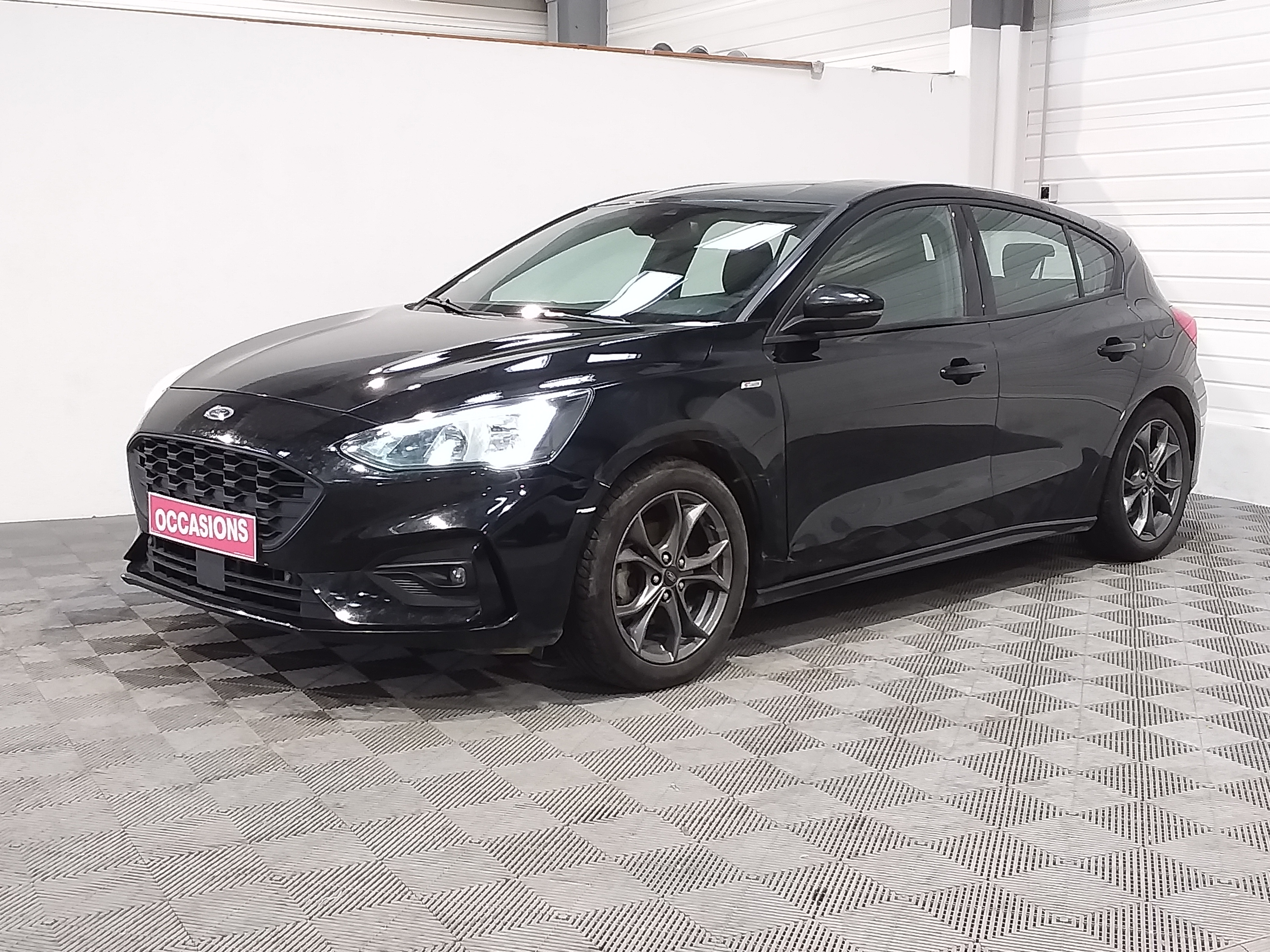 FORD FOCUS 1.0 Ecoboost 125 S&S BVM6 ST Line d'occasion