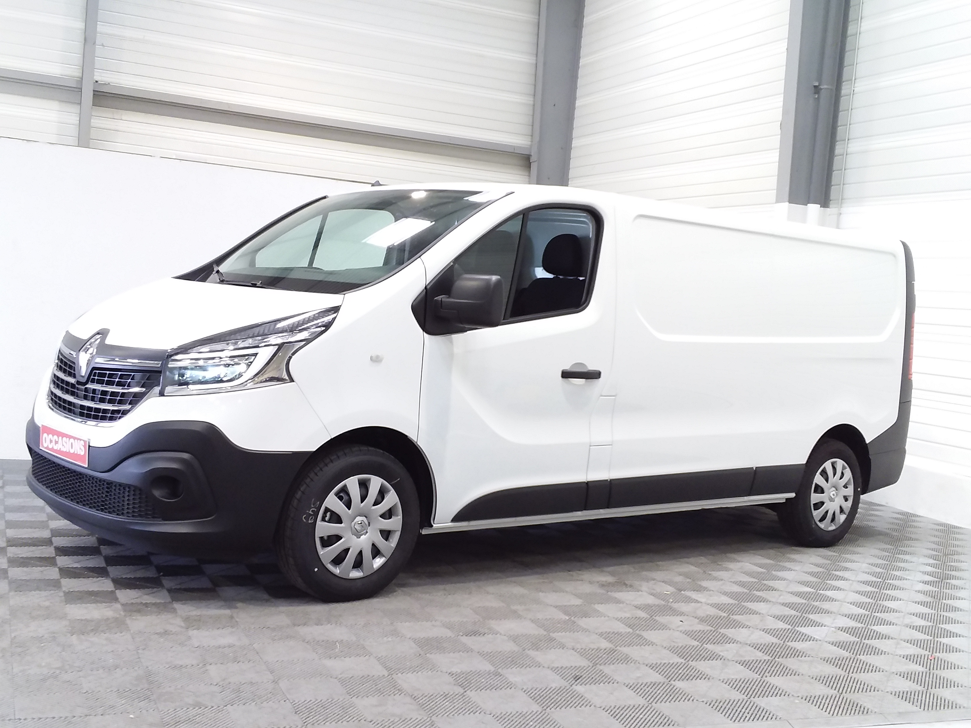 RENAULT TRAFIC FOURGON NV FG GCF L2H1 1300 dCi 120 d'occasion