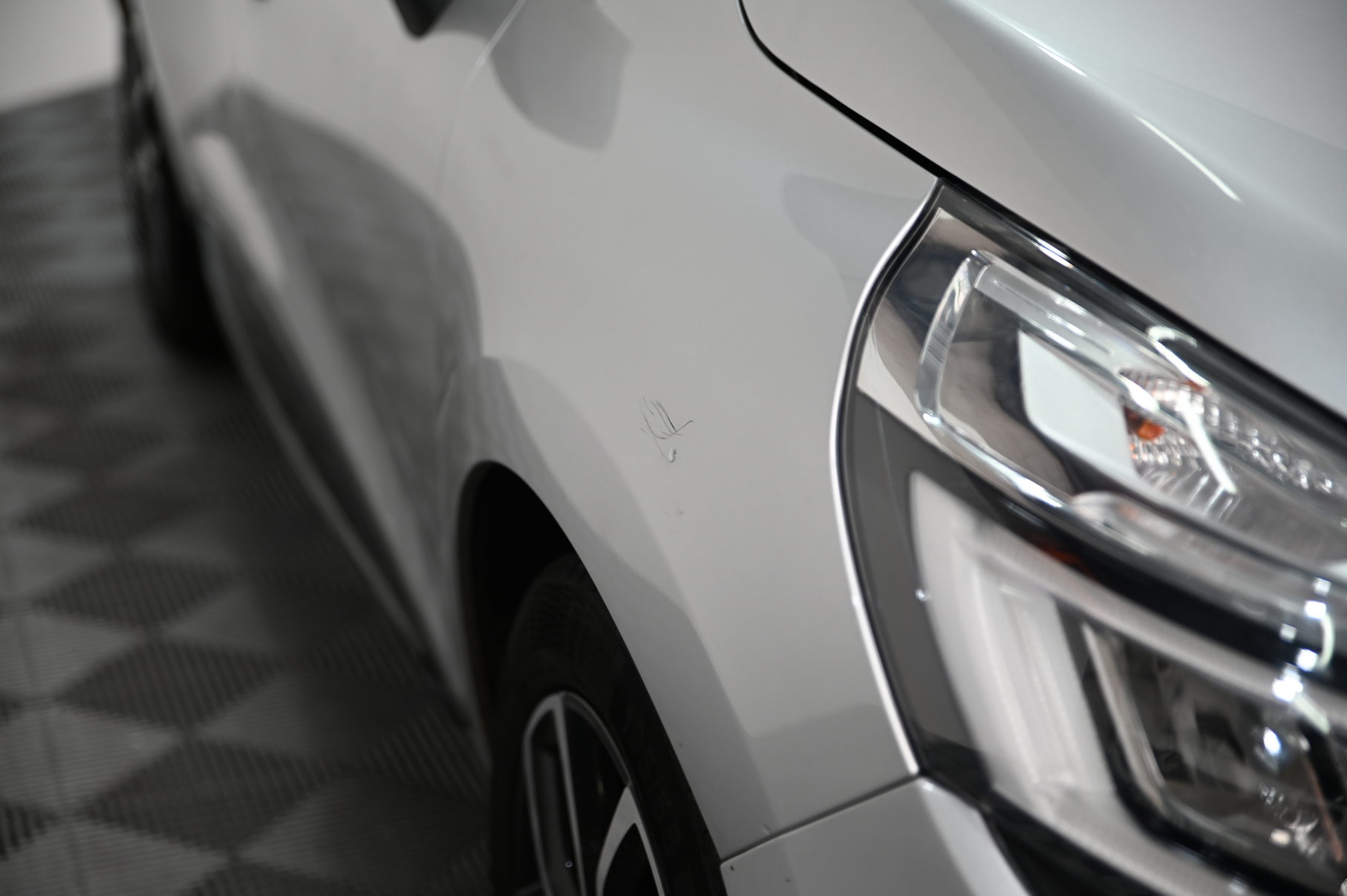 RENAULT CLIO IV 2019 - Photo n°1