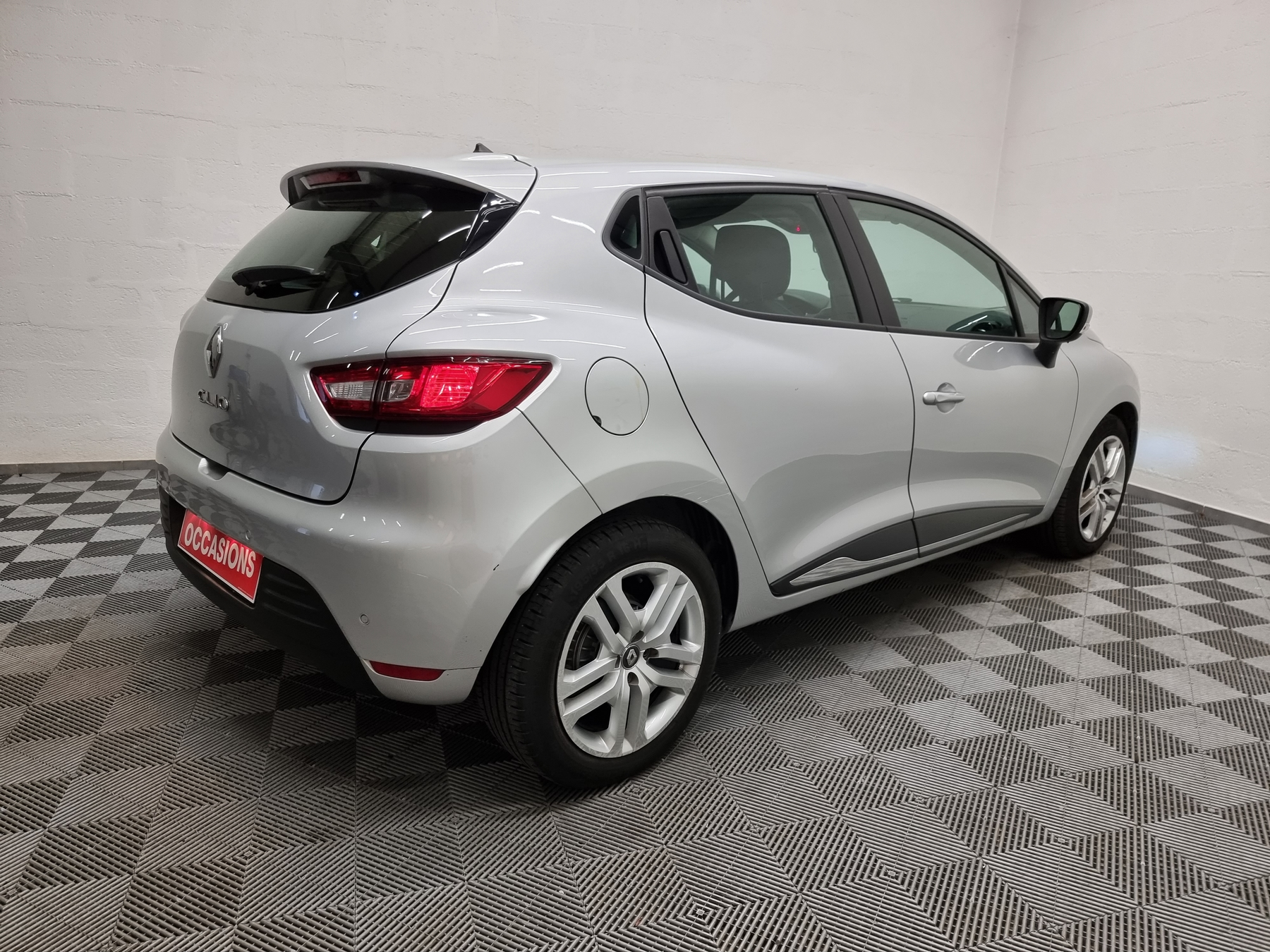 RENAULT CLIO IV BUSINESS 2018 - Photo n°6