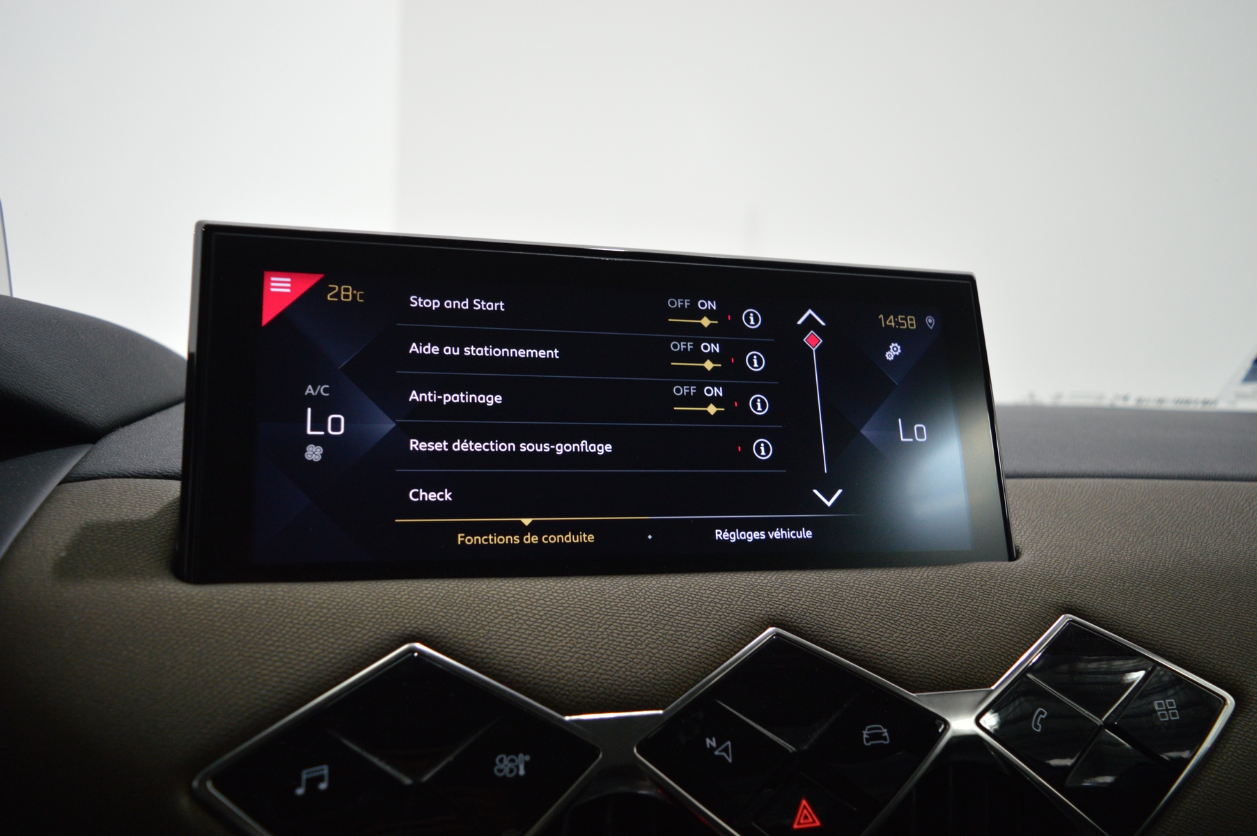 DS DS3 CROSSBACK 2019 - Photo n°23