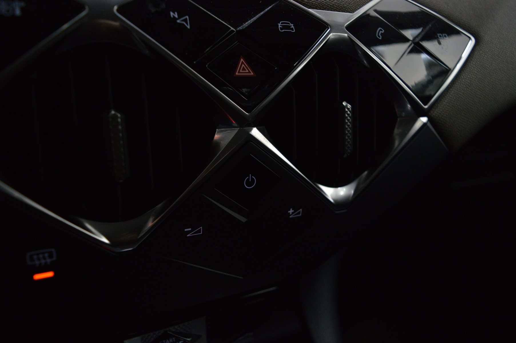 DS DS3 CROSSBACK 2019 - Photo n°31