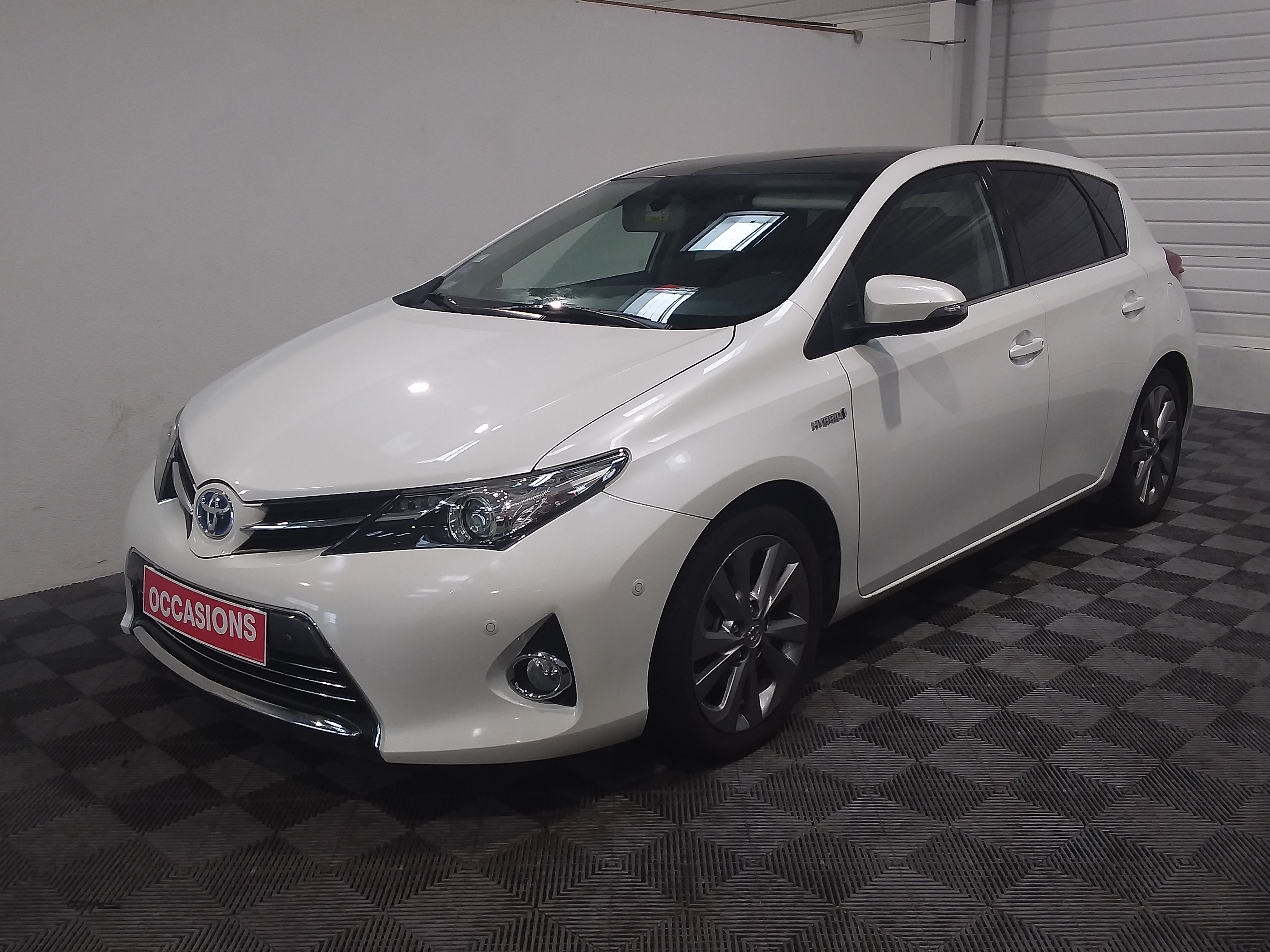 TOYOTA AURIS Hybride 136h Style d'occasion
