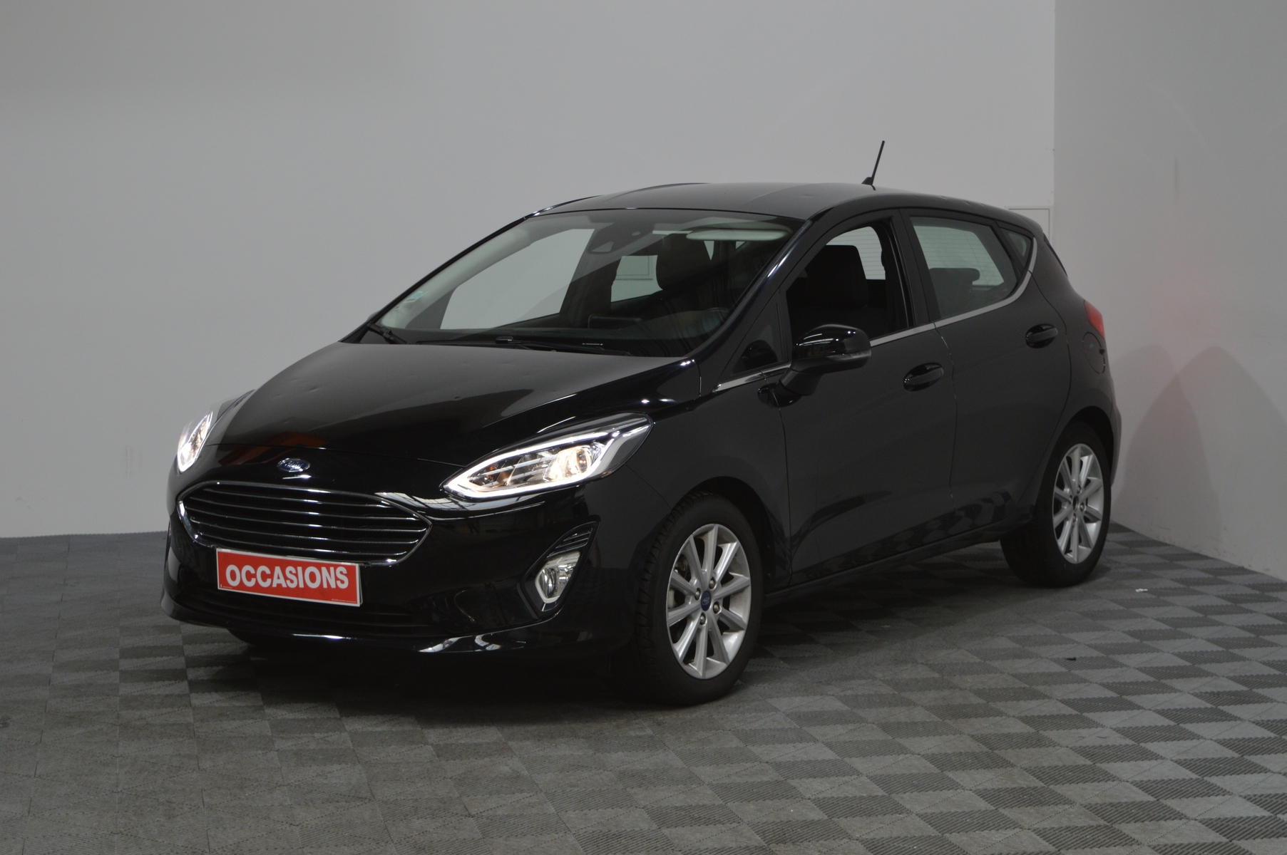 FORD FIESTA 1.0 Ecoboost 100 S&S BVM6 Titanium d'occasion